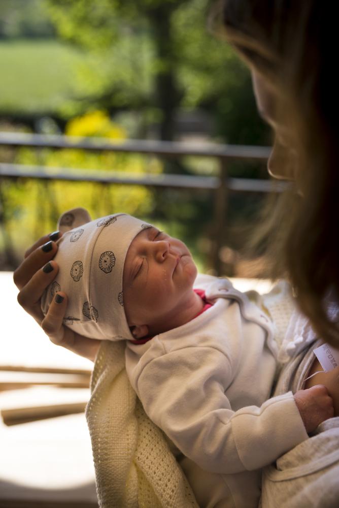 Coralie 8 days old (2 of 2)-2.jpg