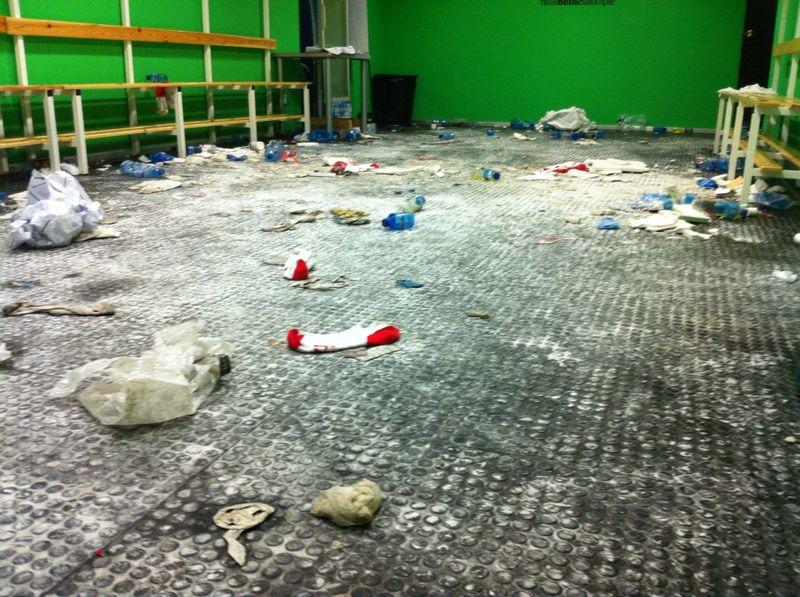 Leaked image of the cocaine residue in the Estudiantes changing room after FT.