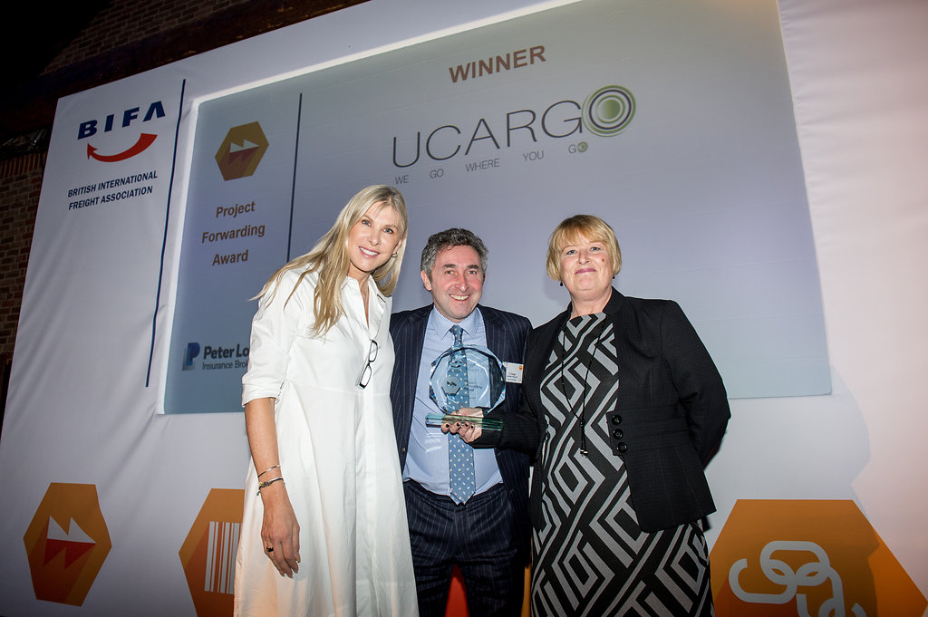 Tony receiving Project Forwarder of the Year trophy from Sharon Davies MBE and Tracey Meaney of award sponsers Peter Lole Insurance Brokers - Photo credit: Philippa Gedge Photography