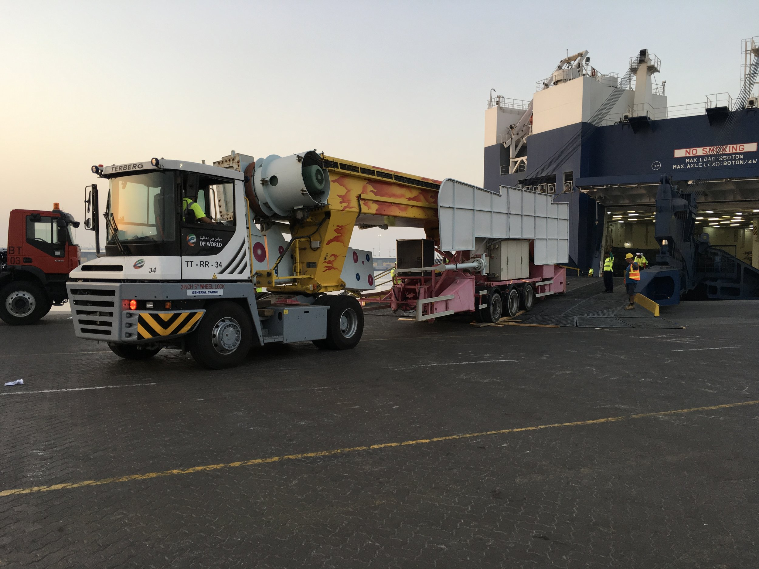 Supervising loading - We are always available to supervise loads - anywhere in the world