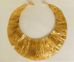 Gold Lunala- Early Bronze Age c. 2000 BC - Source National Museum of Ireland