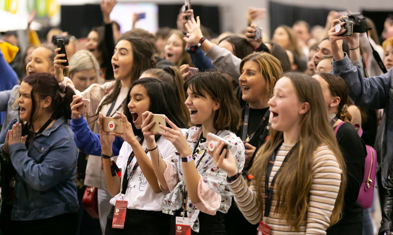 Vidcon Australia, where YouTube celebrities and fans bank on their luck - The Guardian