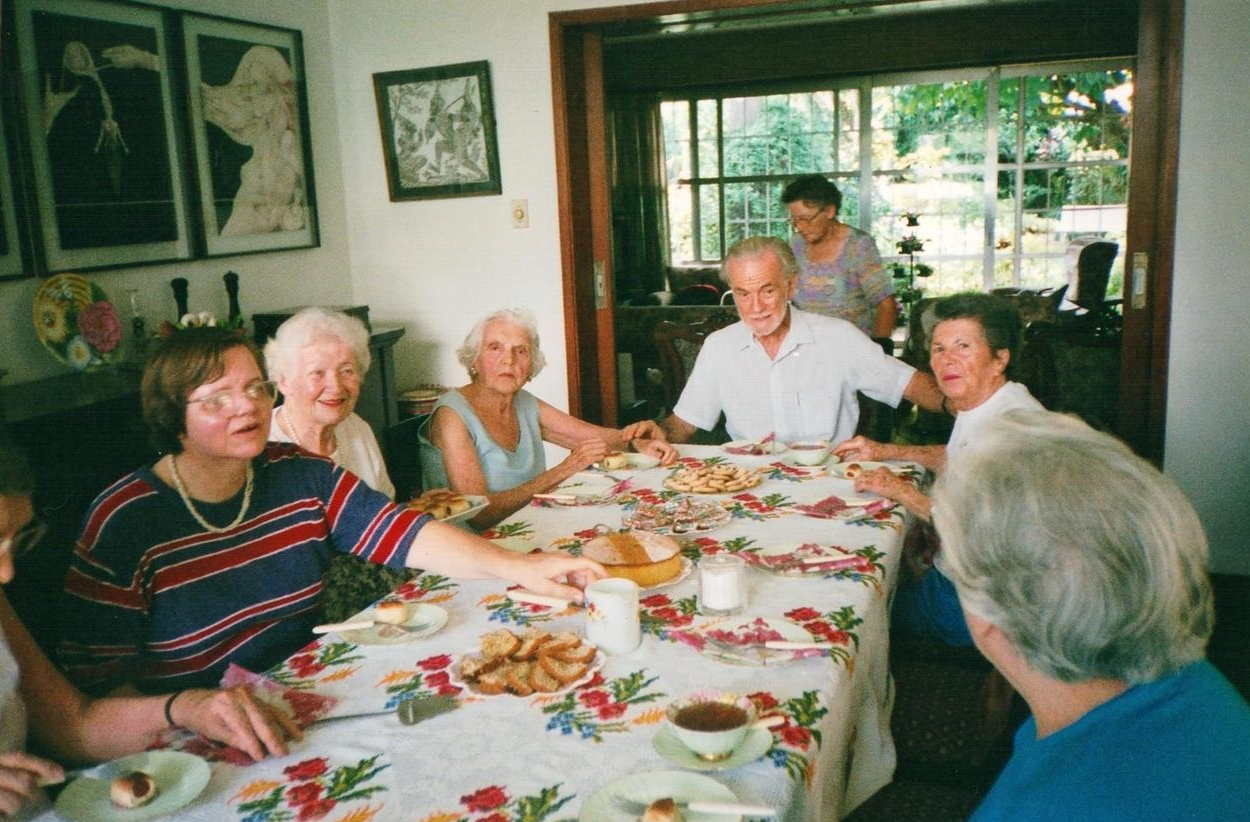 Elders gathering at the stacey house