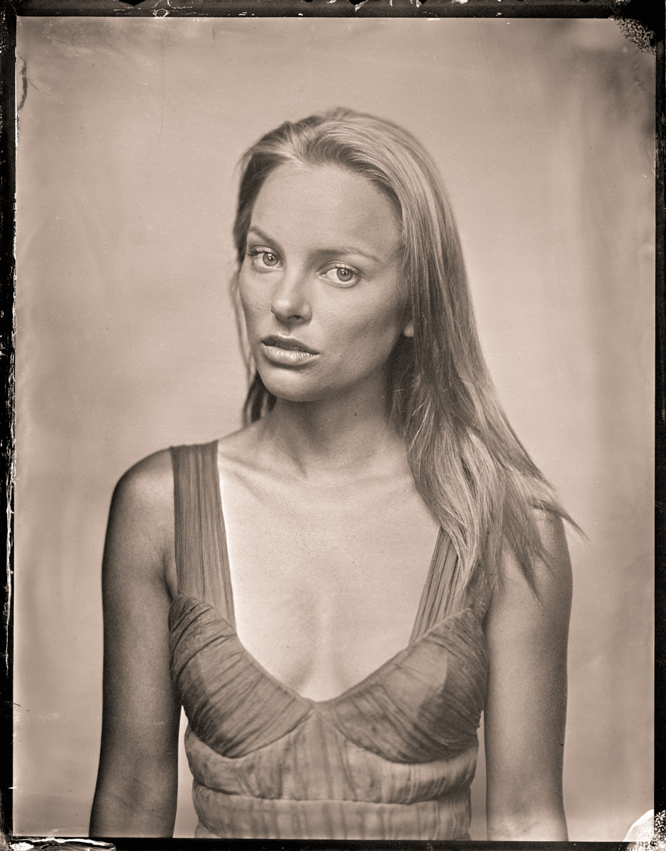 Elizabeth Dowden 2.jpg