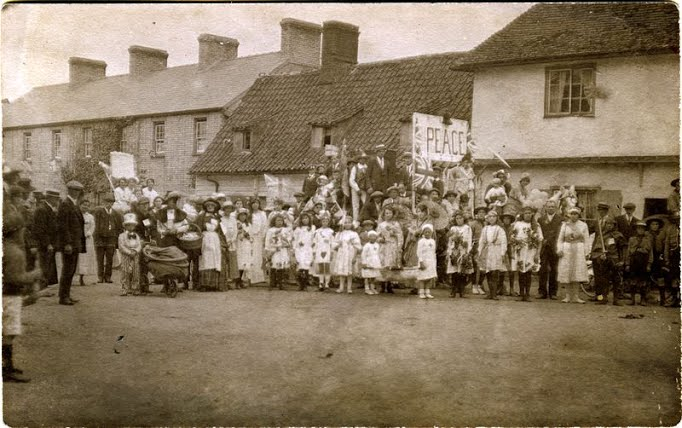 1919_peace_celebrations.jpg