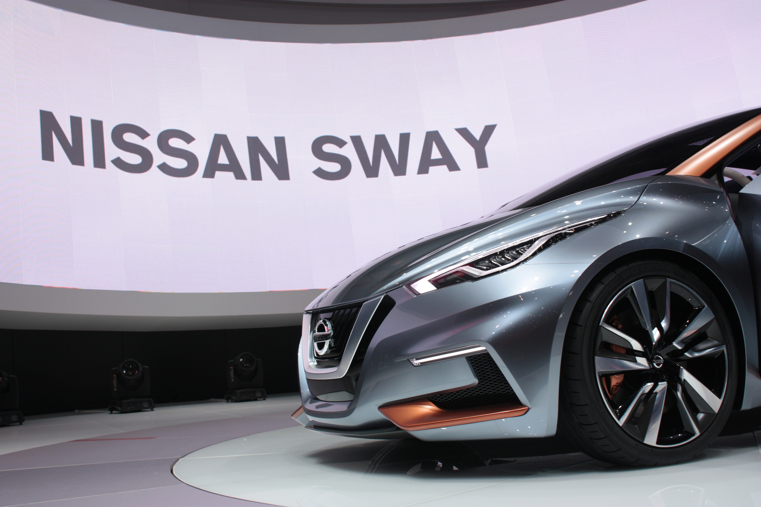 Geneva-Nissan-Sway-detail.jpg