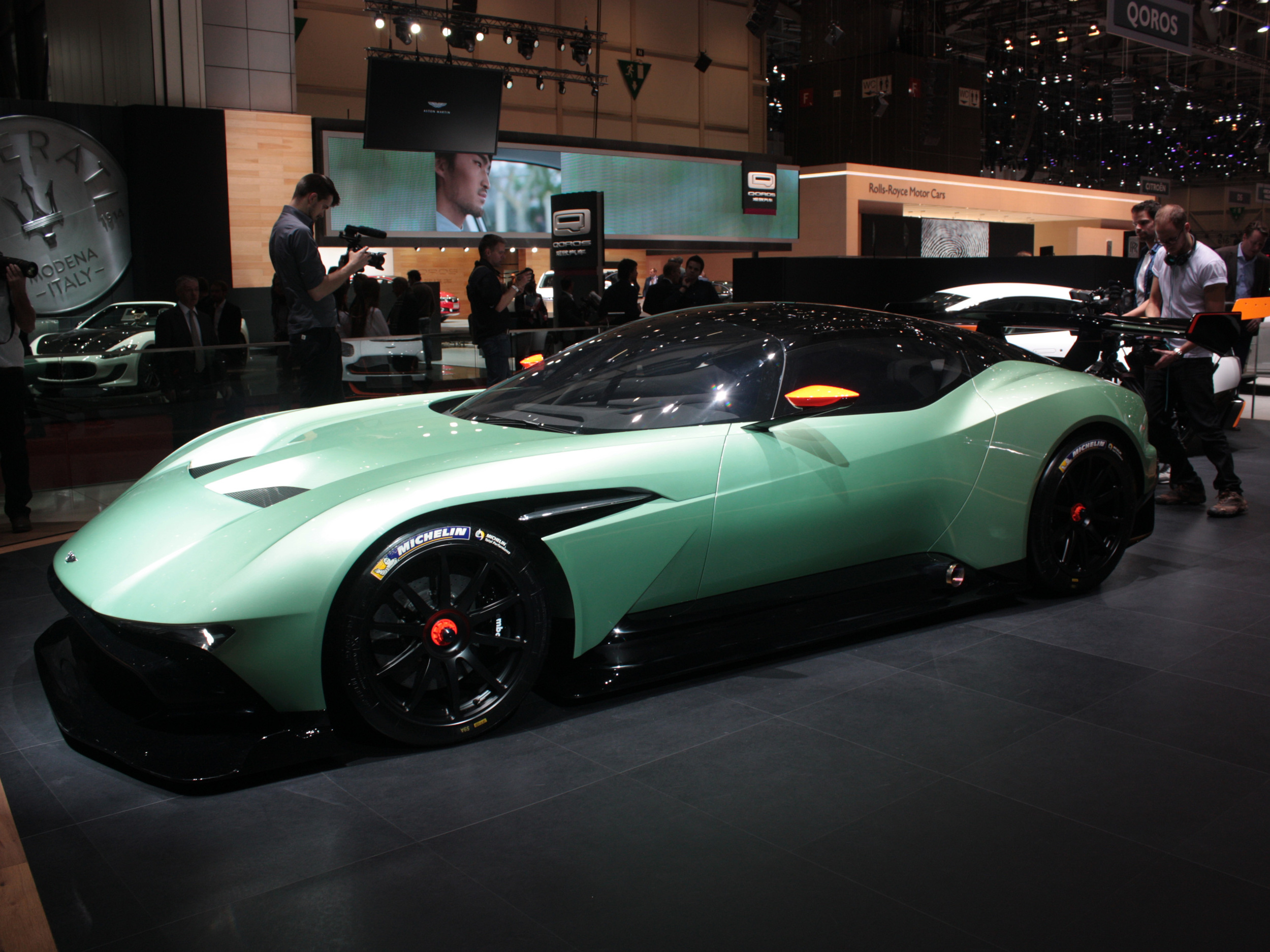 Geneva-Aston-Martin-Concept-front.jpg