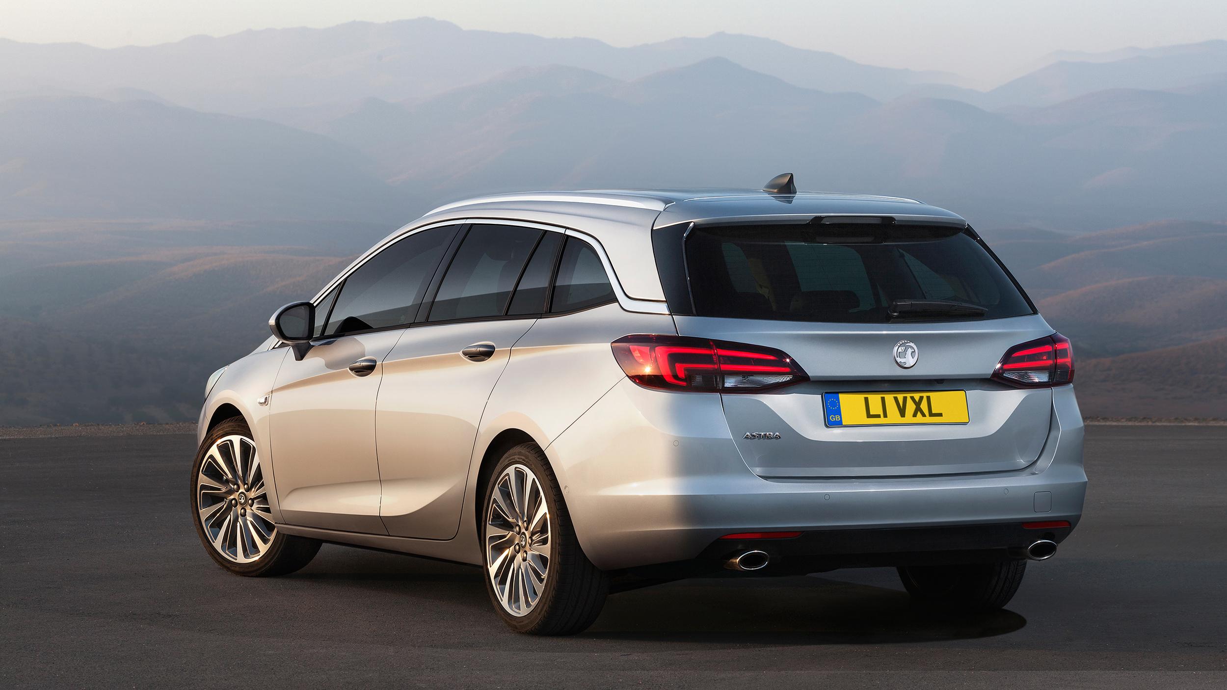 Vauxhall reveals all-new Astra Sports Tourer
