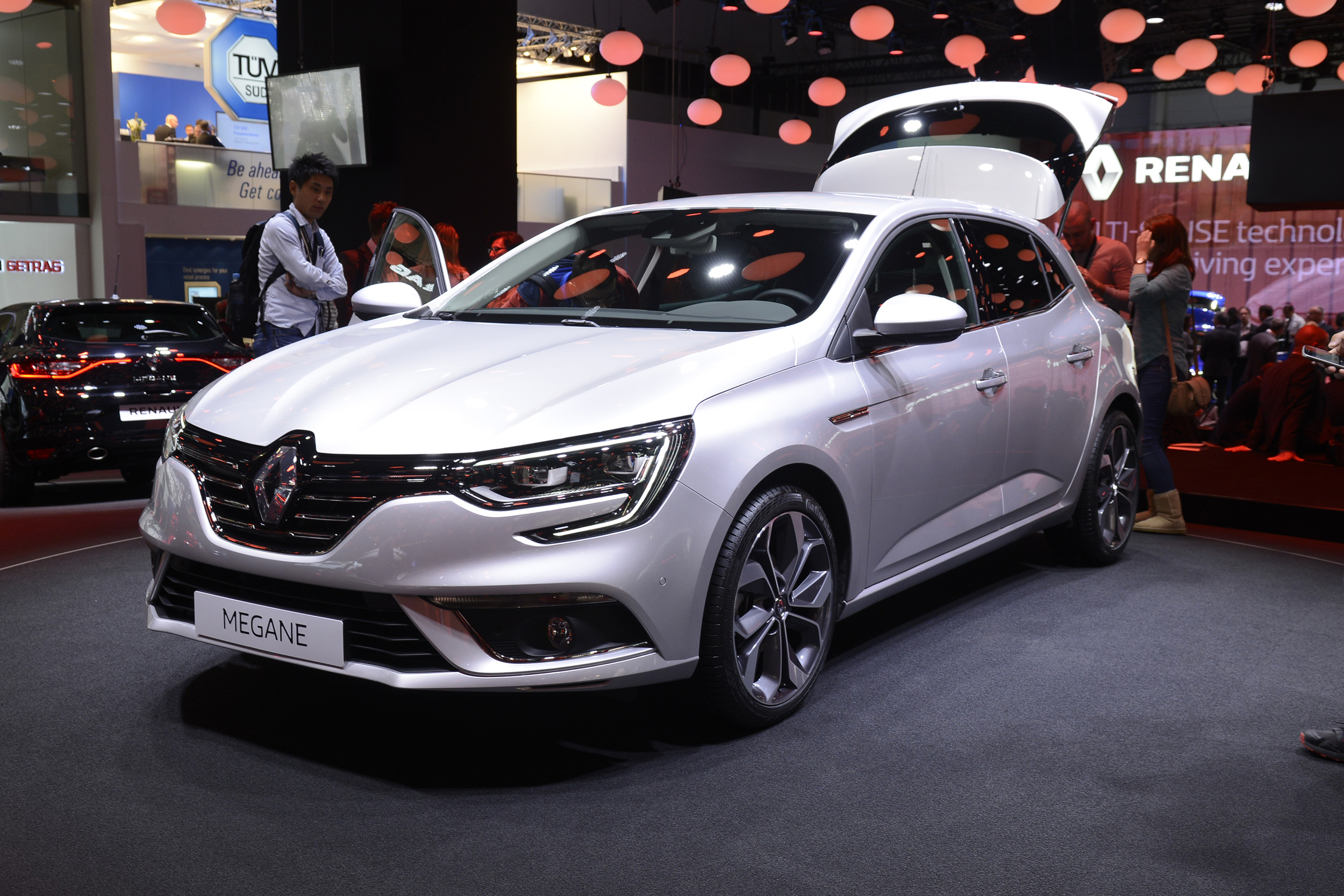 Renault has shown its all-new Megane in Frankfurt