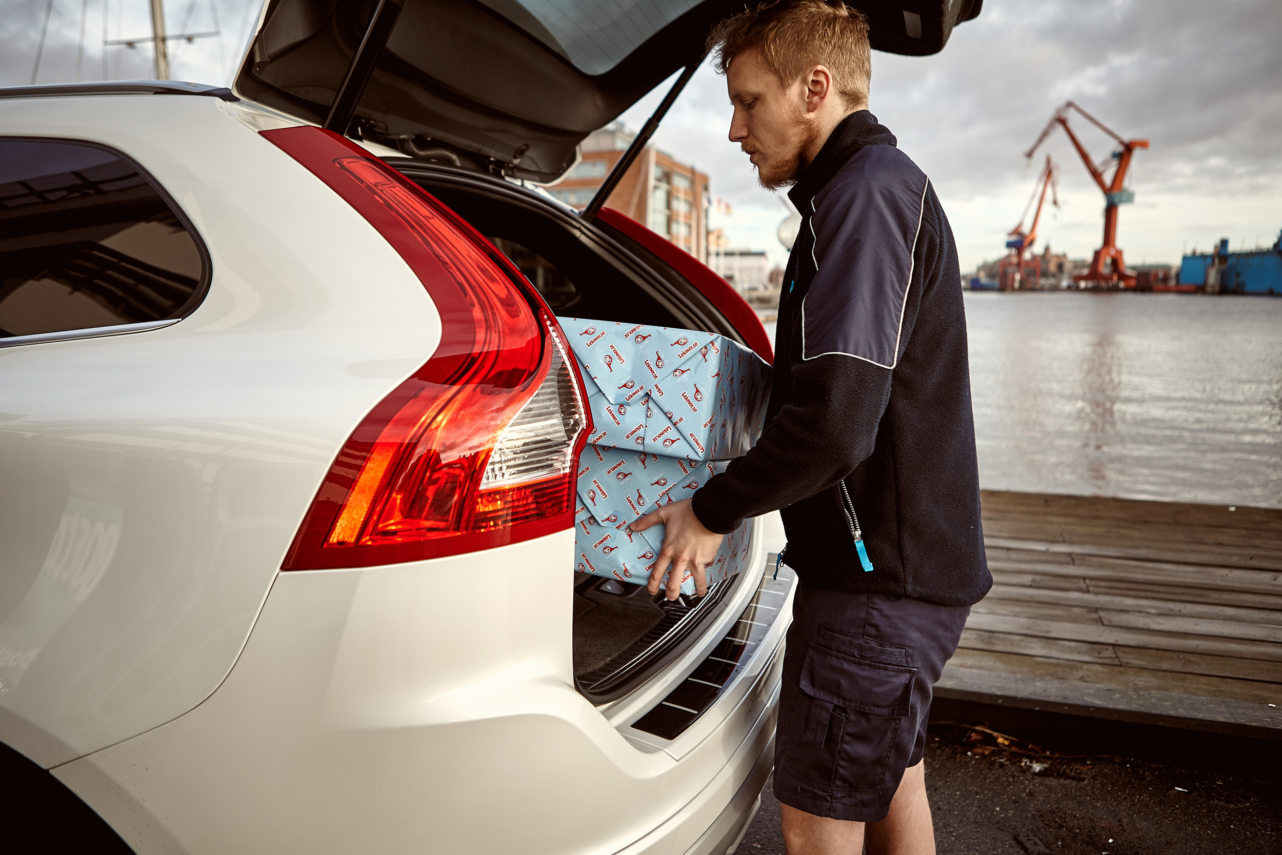 Volvo launches new Christmas shopping service