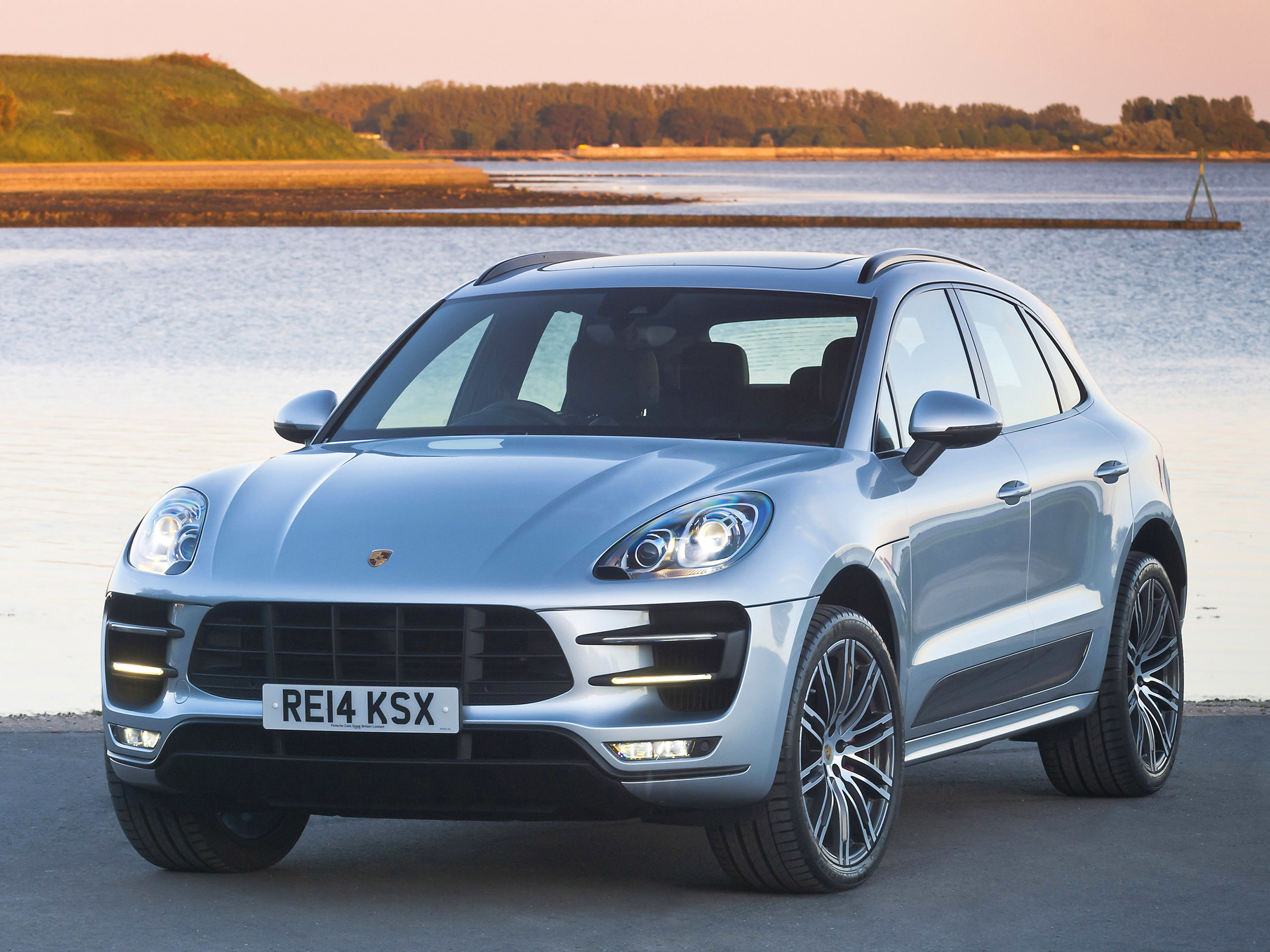 Precautionary recall for Porsche Macan S and Turbo