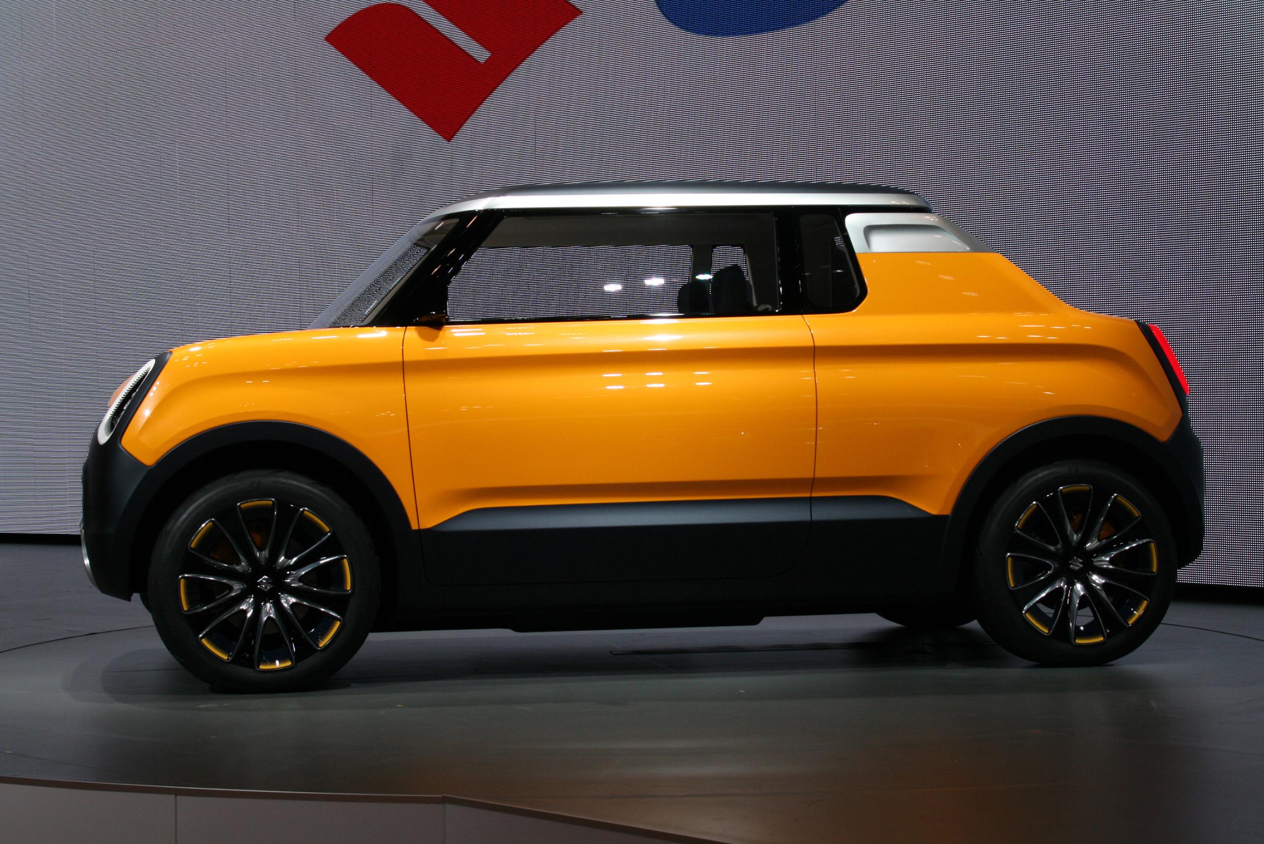 Suzuki unveils Mighty Deck in Tokyo