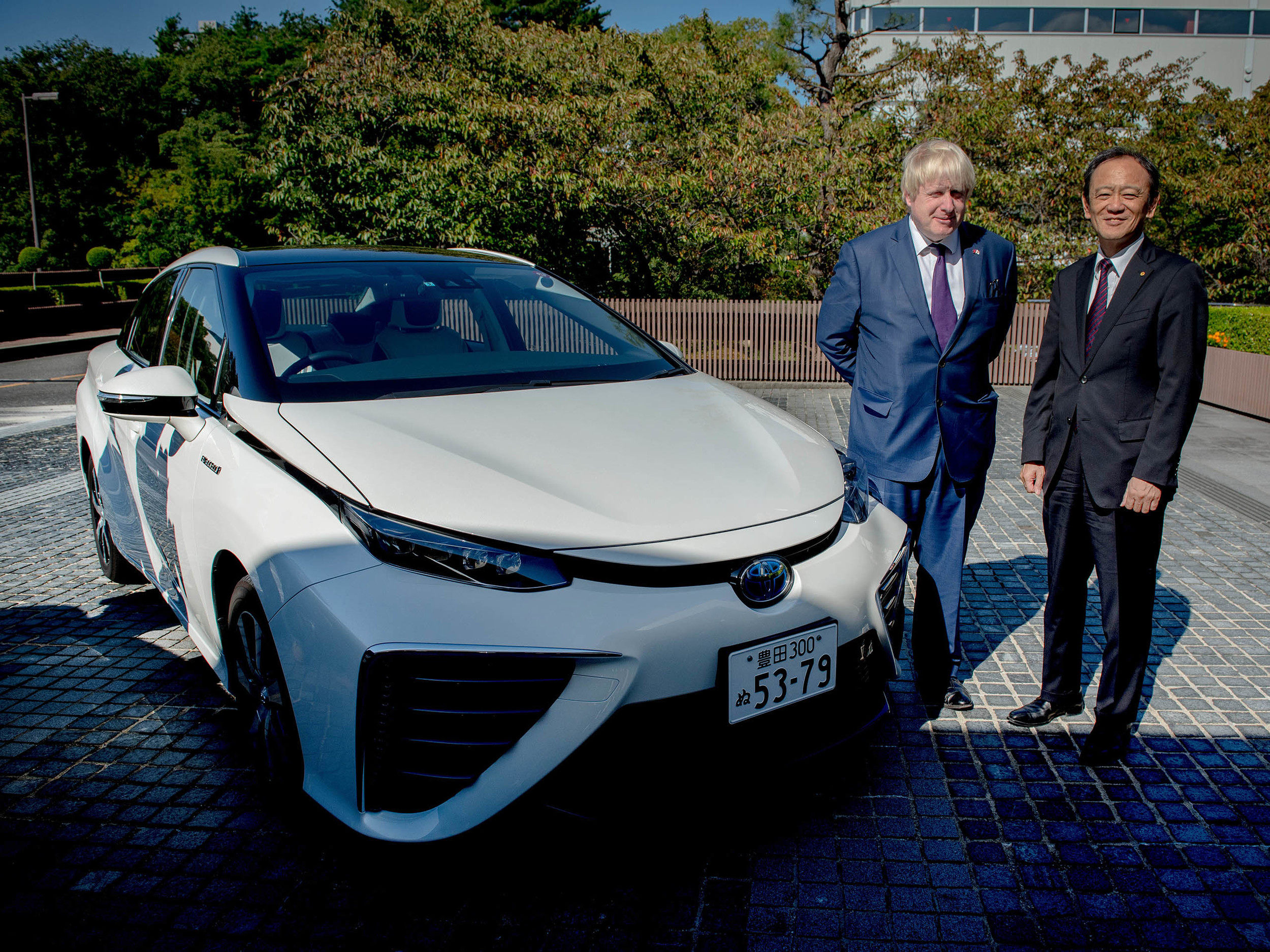 Boris Johnson confirms hydrogen Toyota for TfL