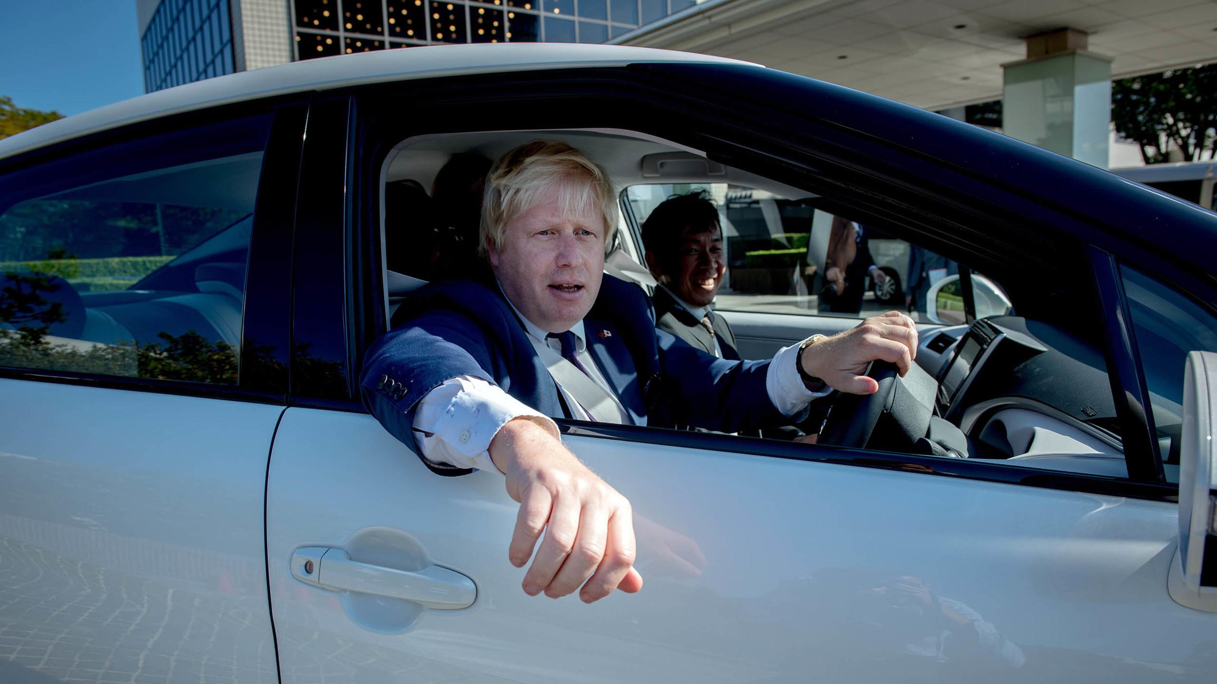 Boris Johnson confirms hydrogen Toyota for TfL