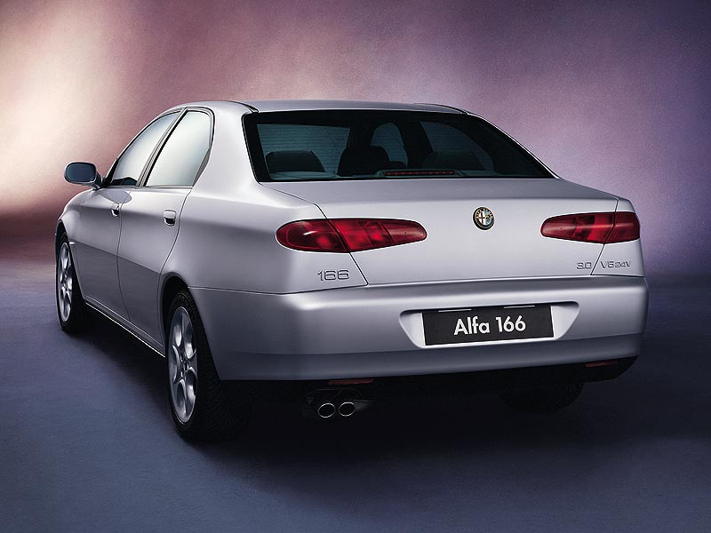 Alfa-166-6.jpg