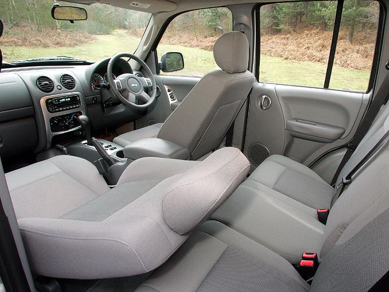 jeep-cherokee04.jpg