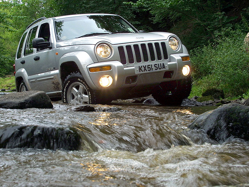 jeep-cherokee08.jpg