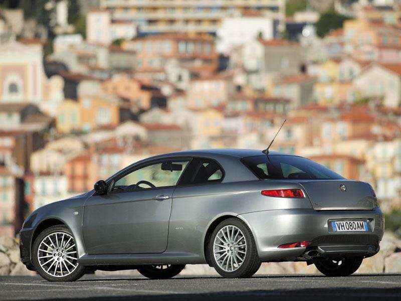 Alfa Romeo GT (2004-2010)