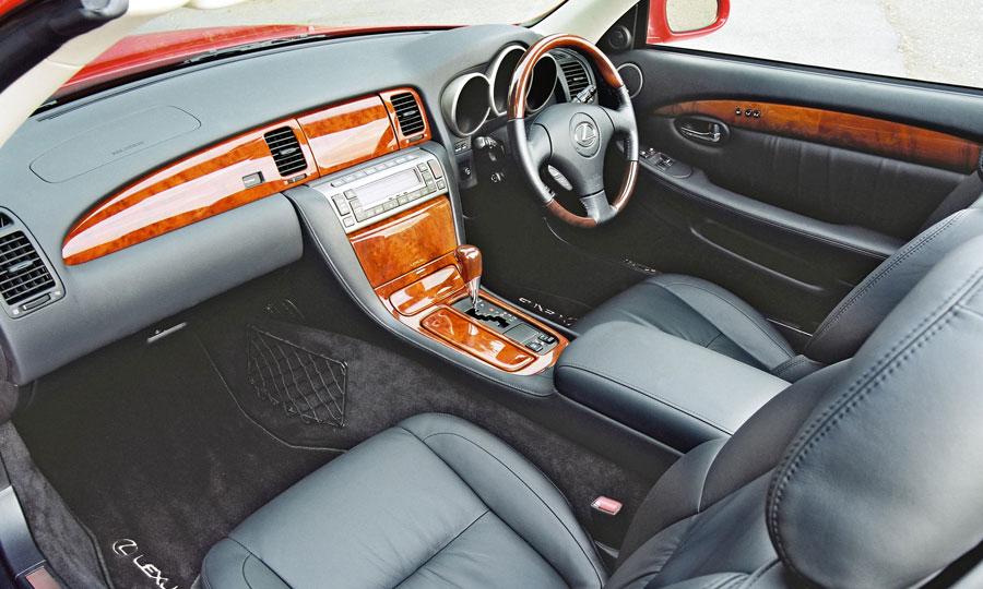 Lexus SC430 (2001-2009)