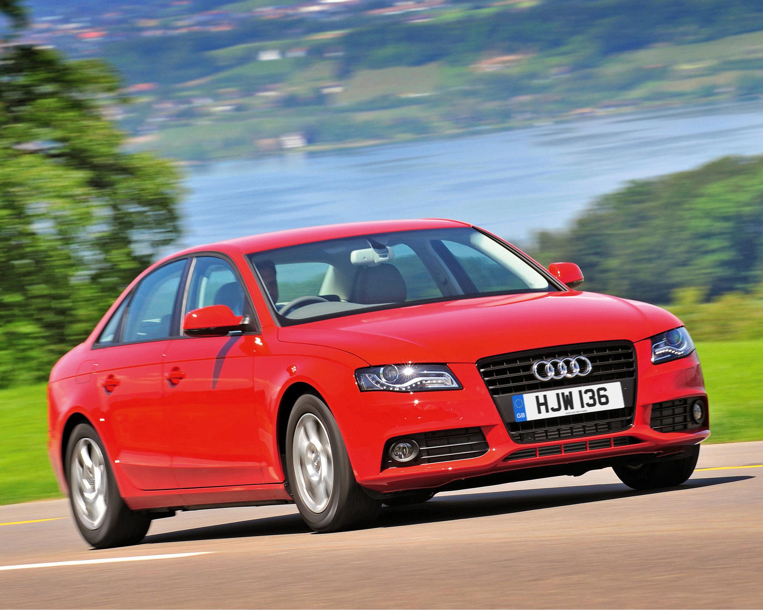 Audi A4 12.jpg