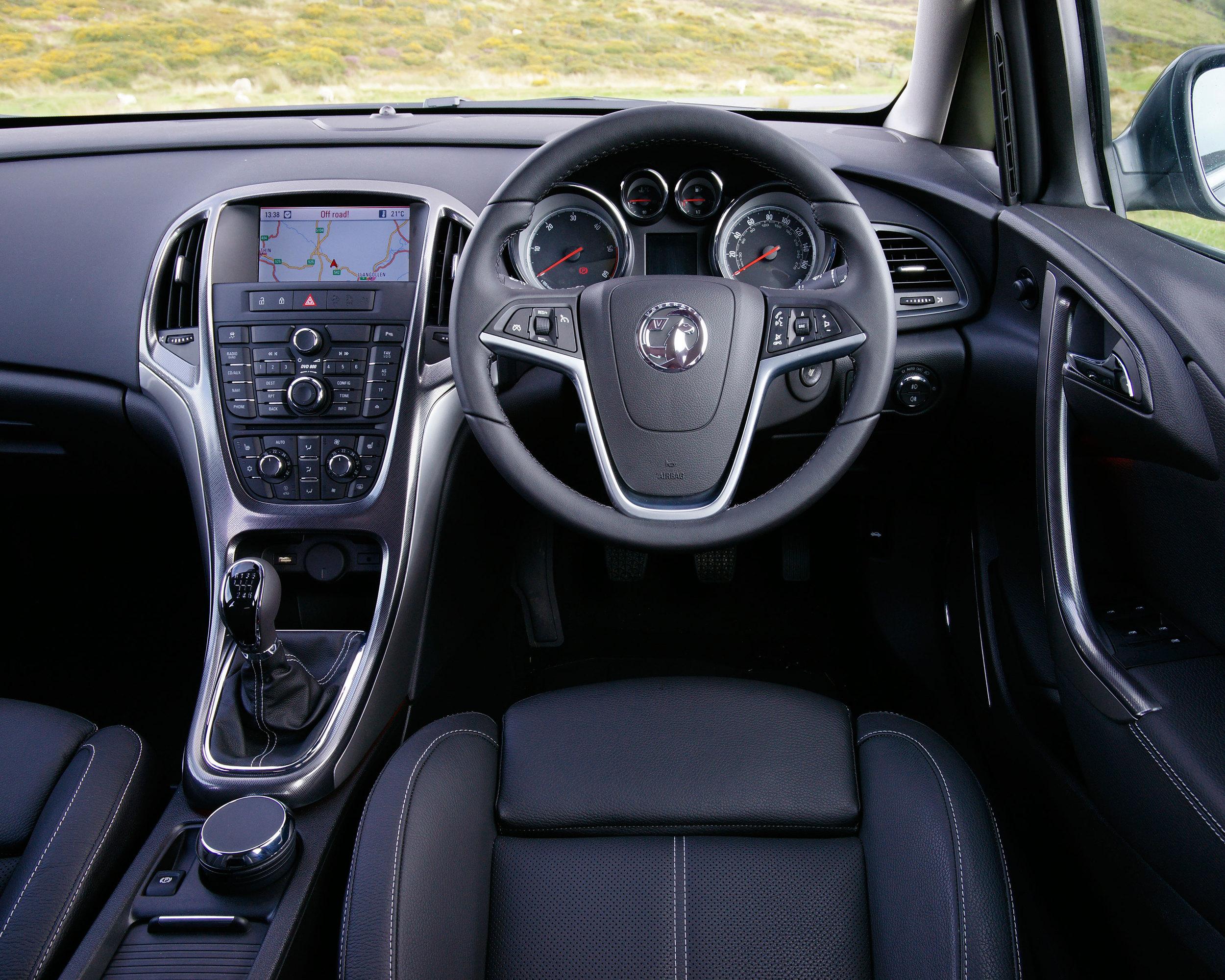 Vauxhall Astra Mk6 (2009-2015)