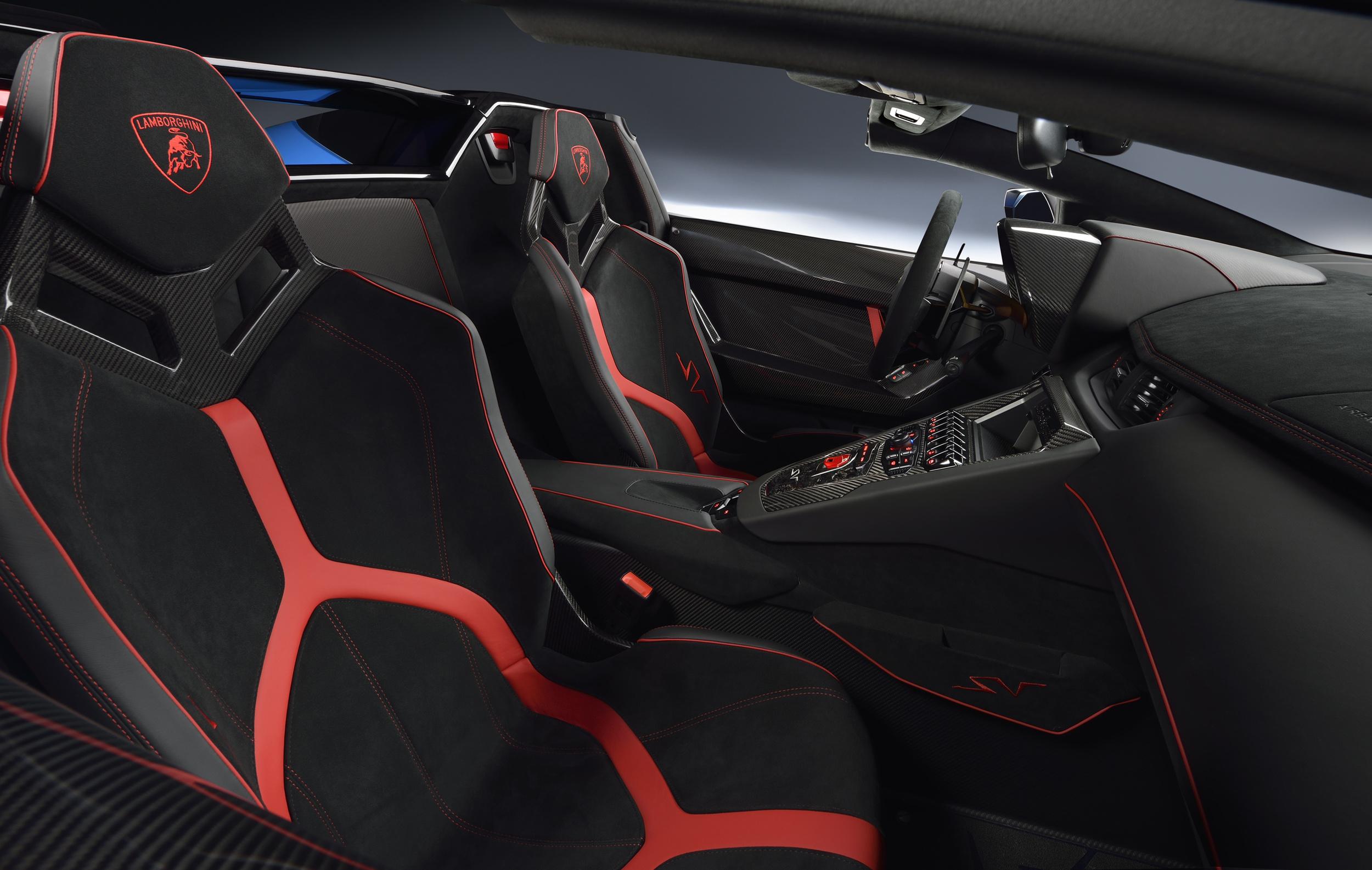 Lamborghini unveils Aventador LP 750-4 SV Roadster