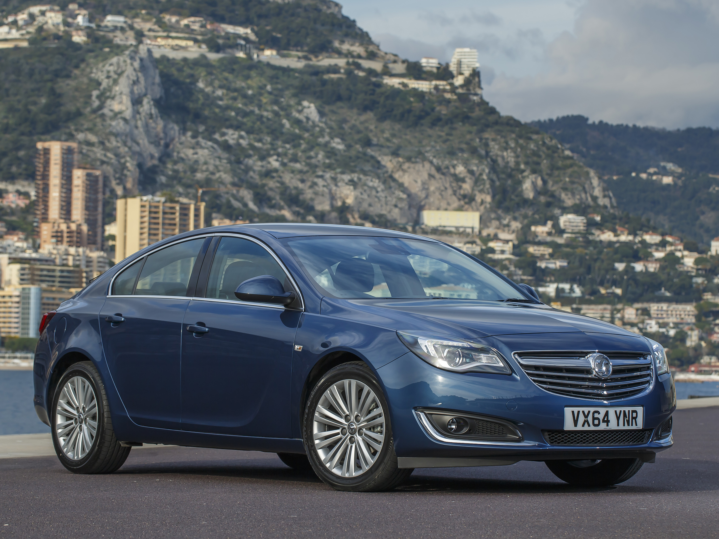 Vauxhall Insignia adds 1.6 Whisper Diesel
