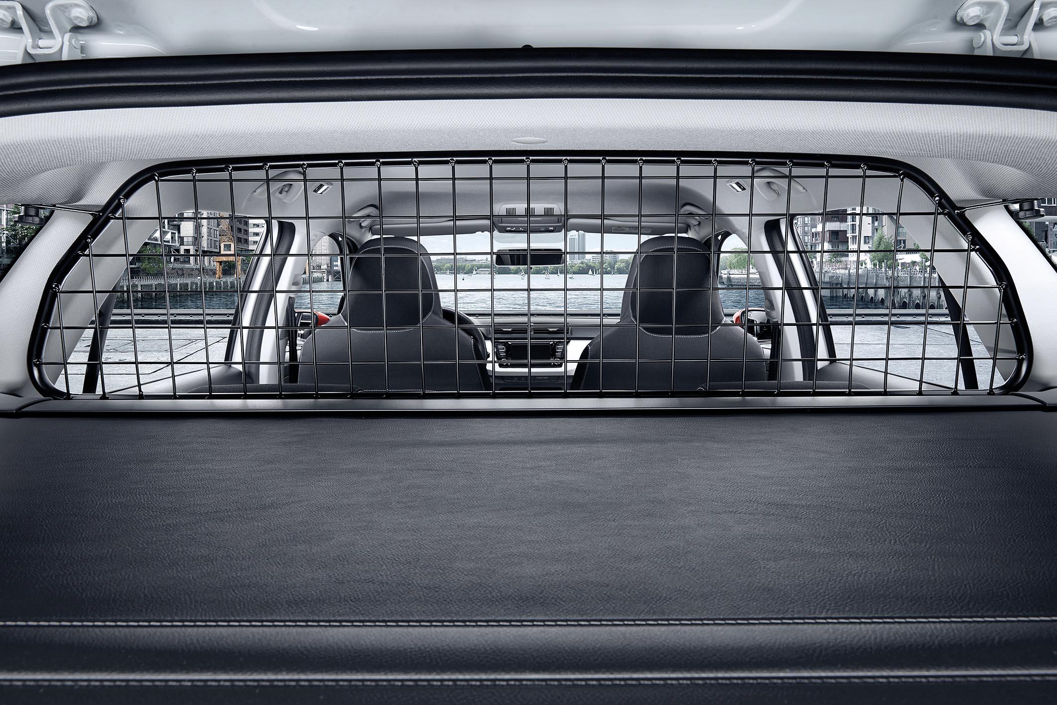 Skoda reveals doggy seat belt