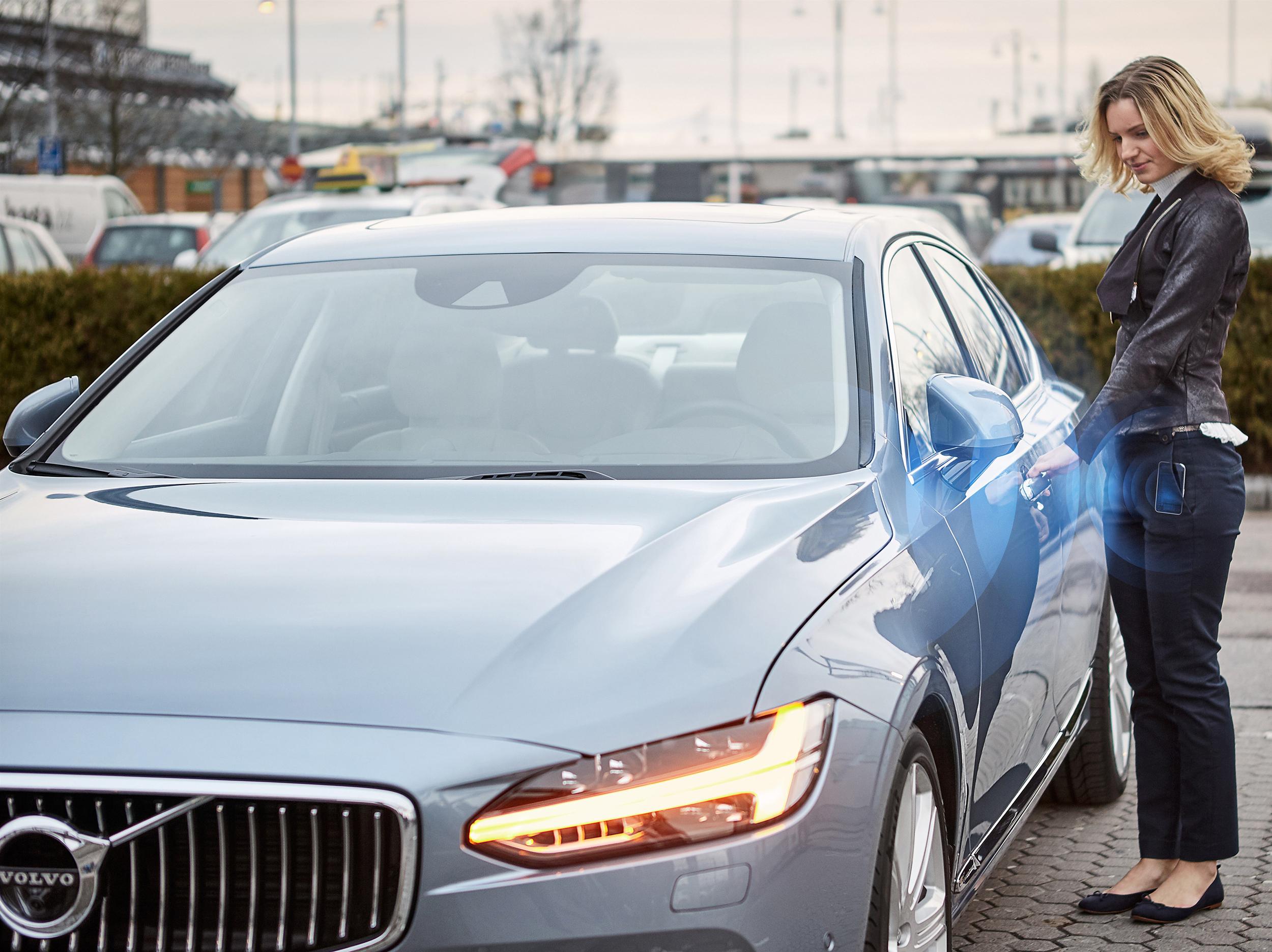 175633_Volvo_Cars_digital_key.jpg