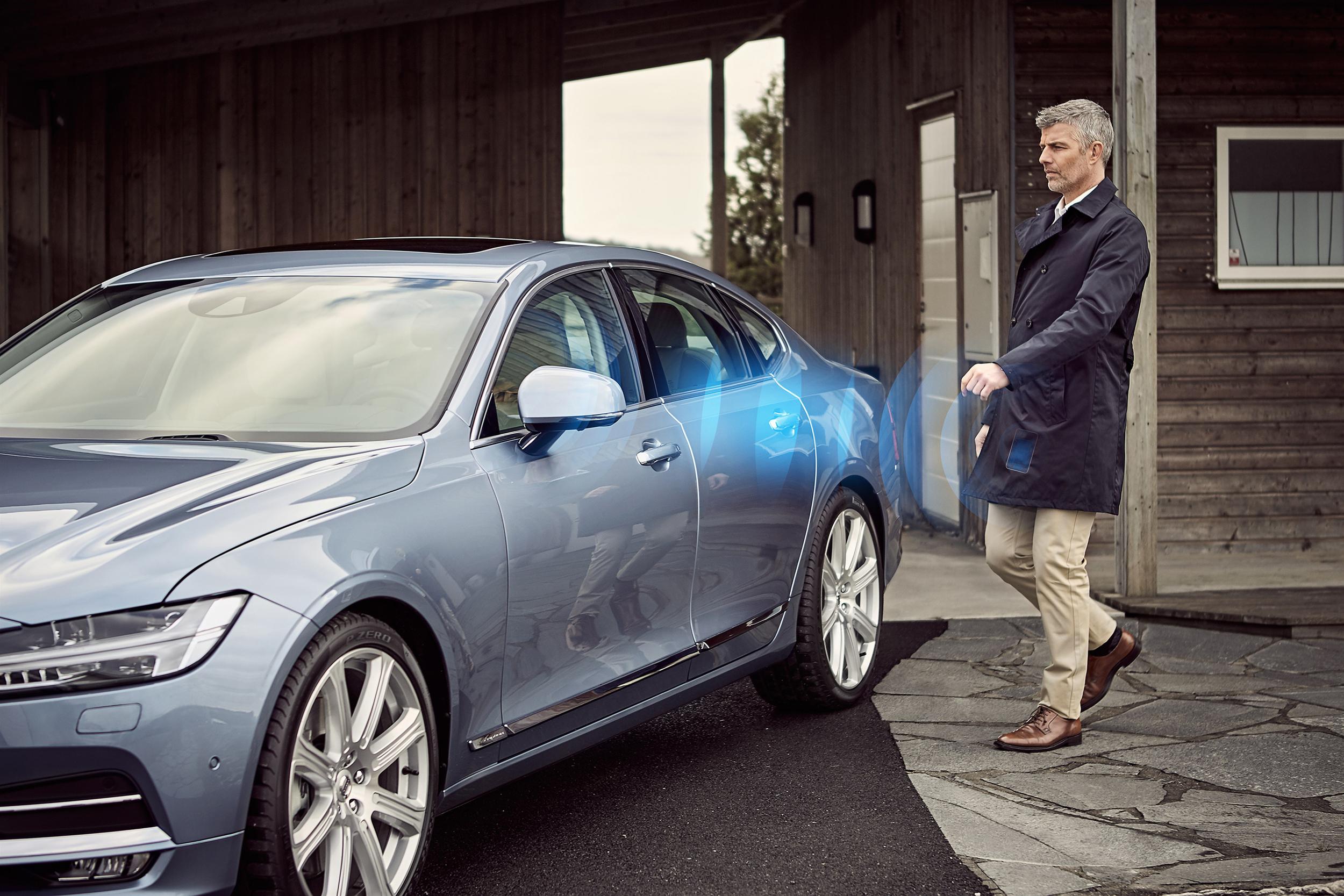 175641_Volvo_Cars_digital_key.jpg