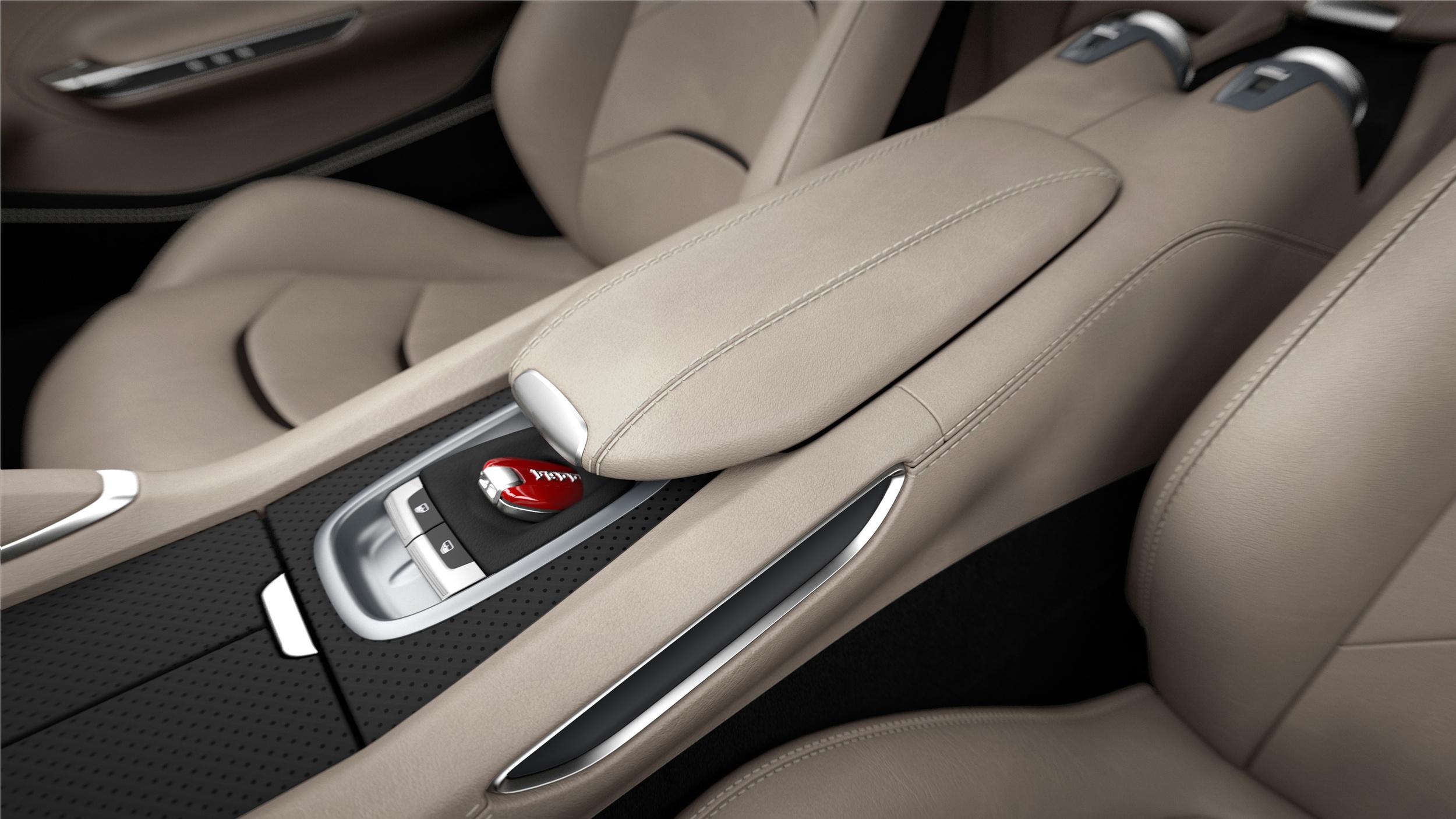 Ferrari_GTC4Lusso_central_console_300dpi.jpg