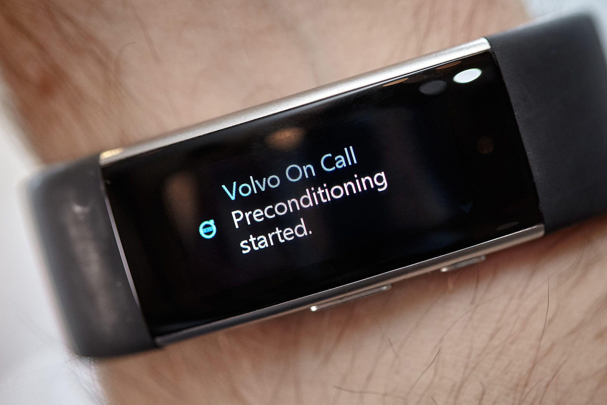 172211_Volvo_Microsoft_Band_2.jpg