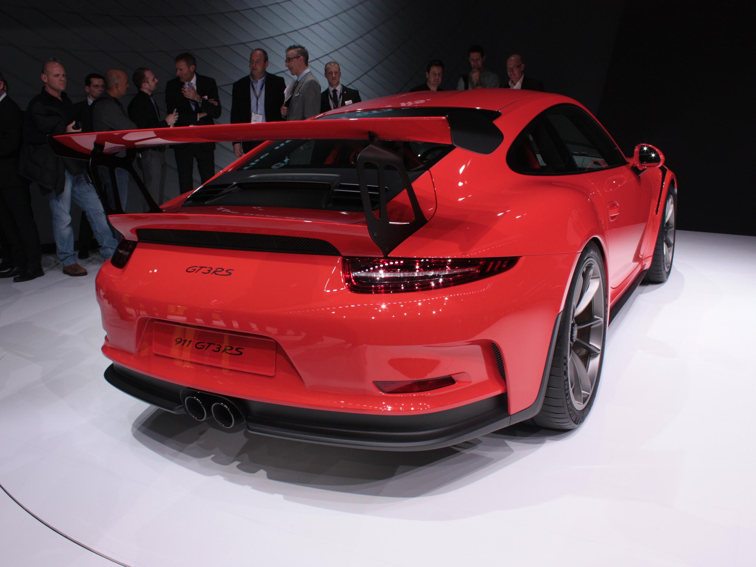 Geneva-Porsche-911-back.jpg