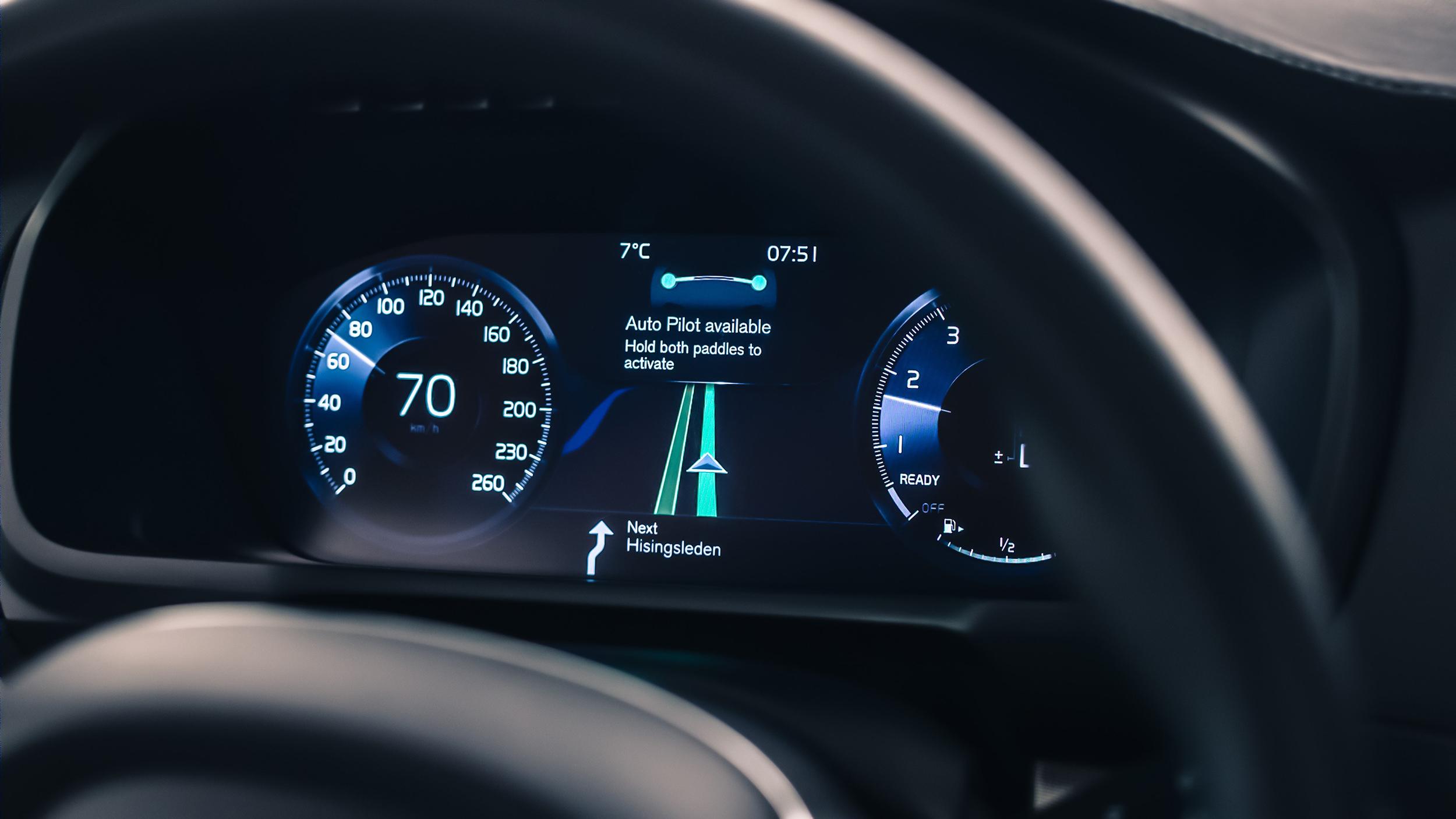 167926_IntelliSafe_Auto_Pilot_interface.jpg