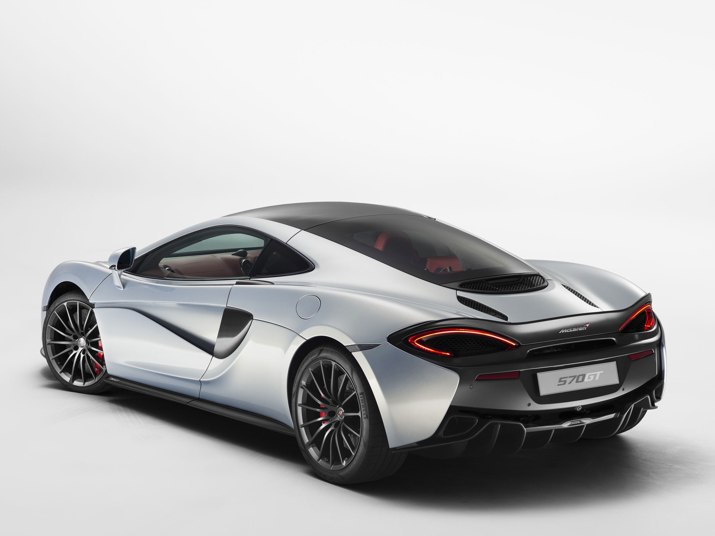 6220-McLaren+570GT_01.jpg