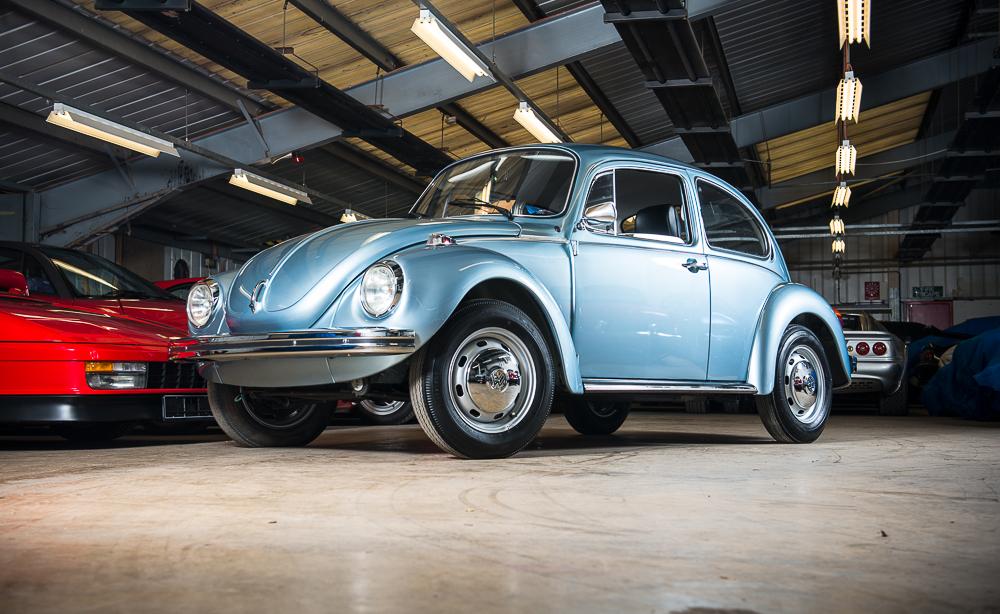 1974 Volkswagen Beetle HR.jpg