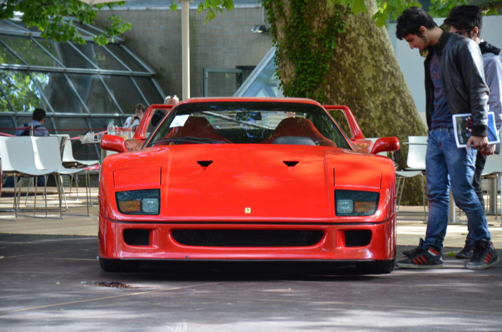 Ferrari-F40.jpg