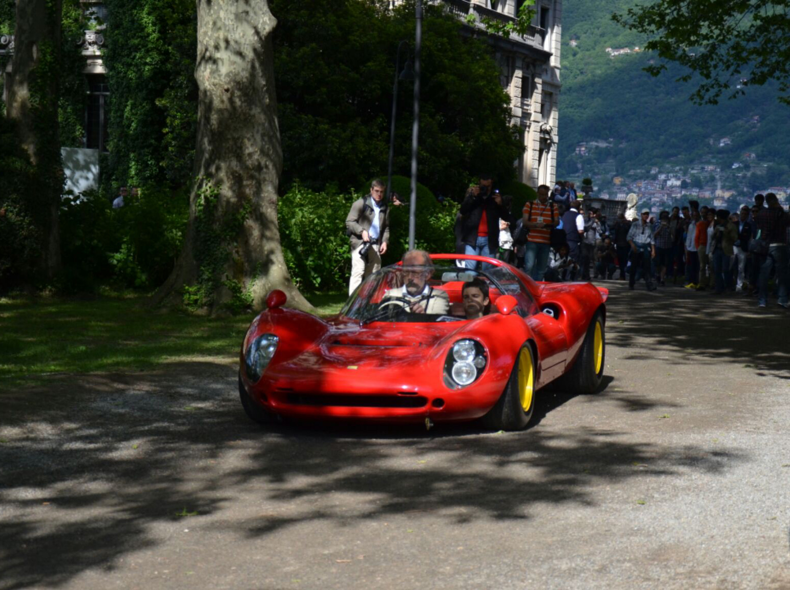 Ferrari-Dino-166P-206P-1.jpg