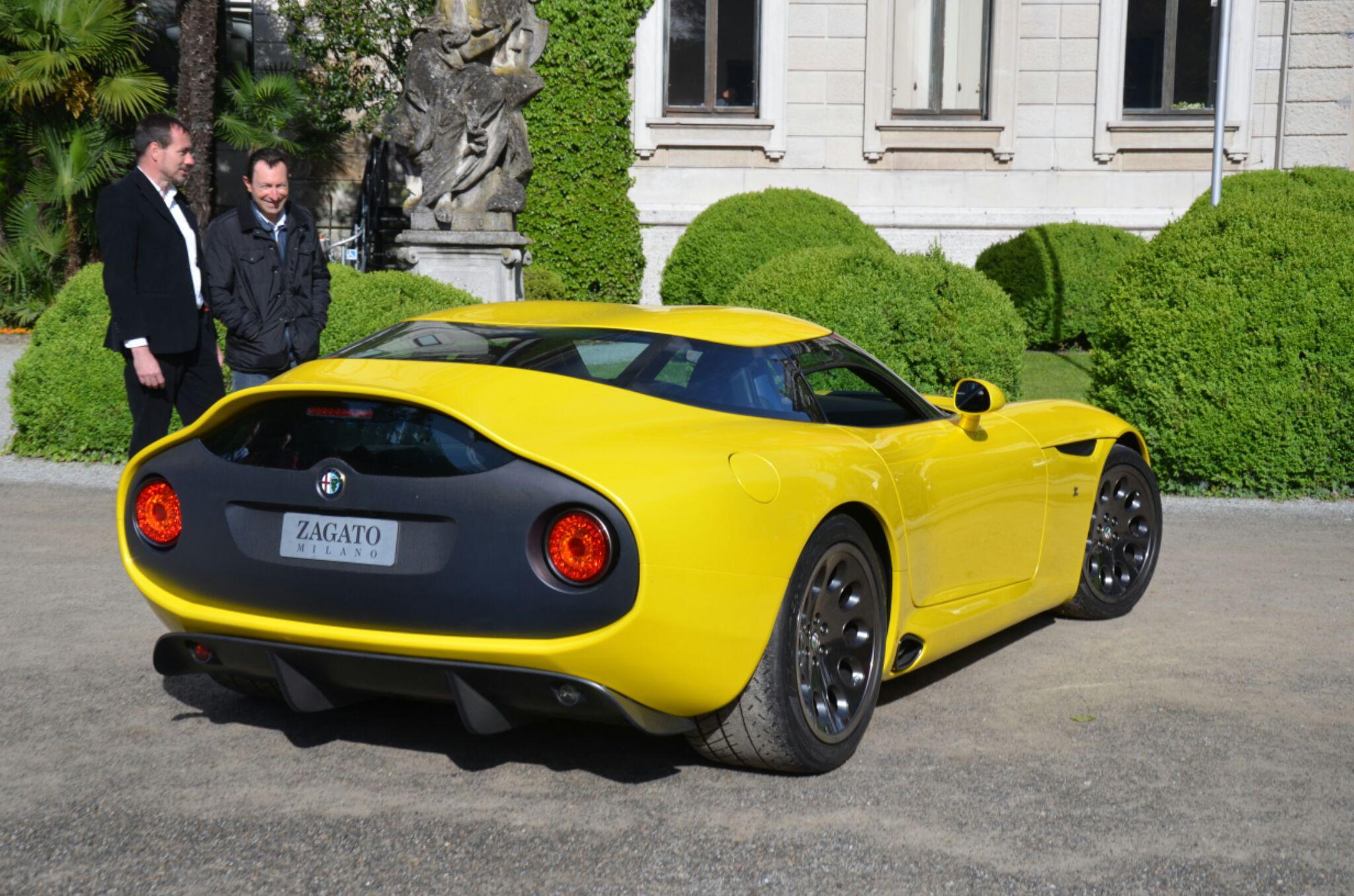 Alfa-Romeo-TZ3-Stradale-Zagato-2.jpg