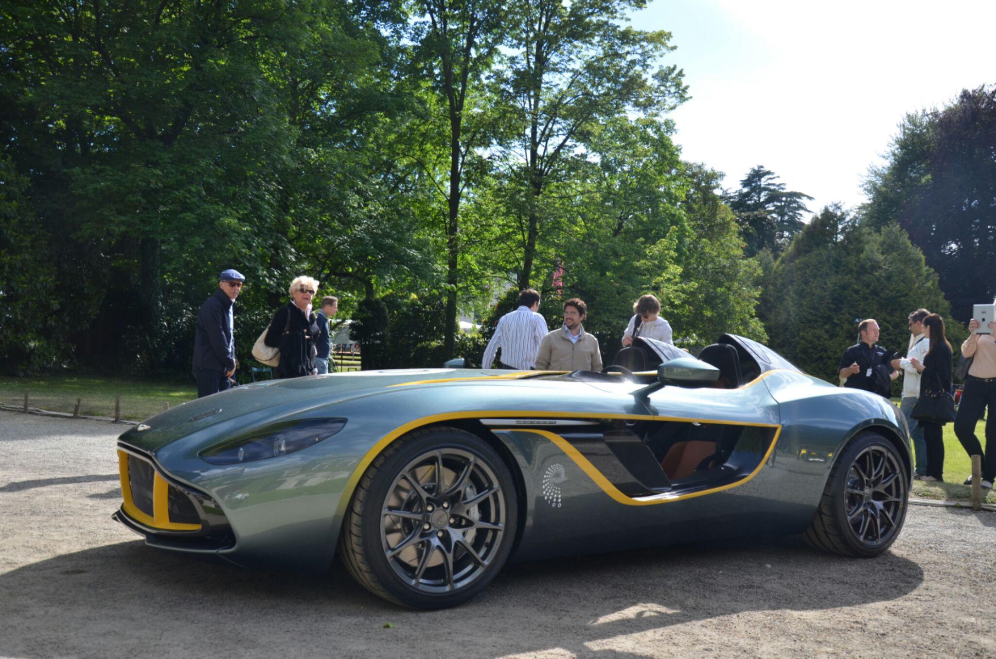 Aston-Martin-CC100-concept-2.jpg
