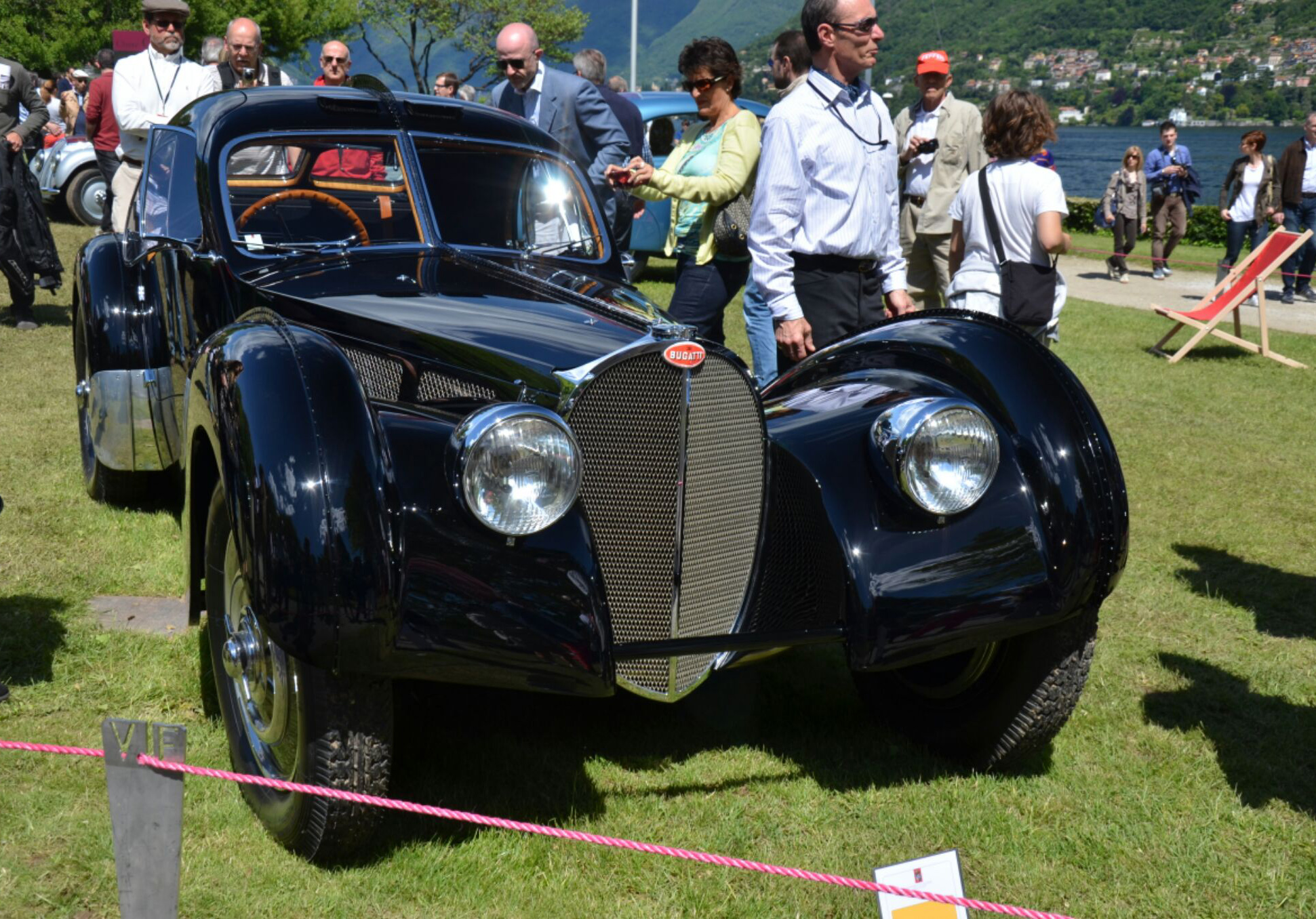 Ralph-Laurens-Bugatti-Atlantic-57SC-1.jpg