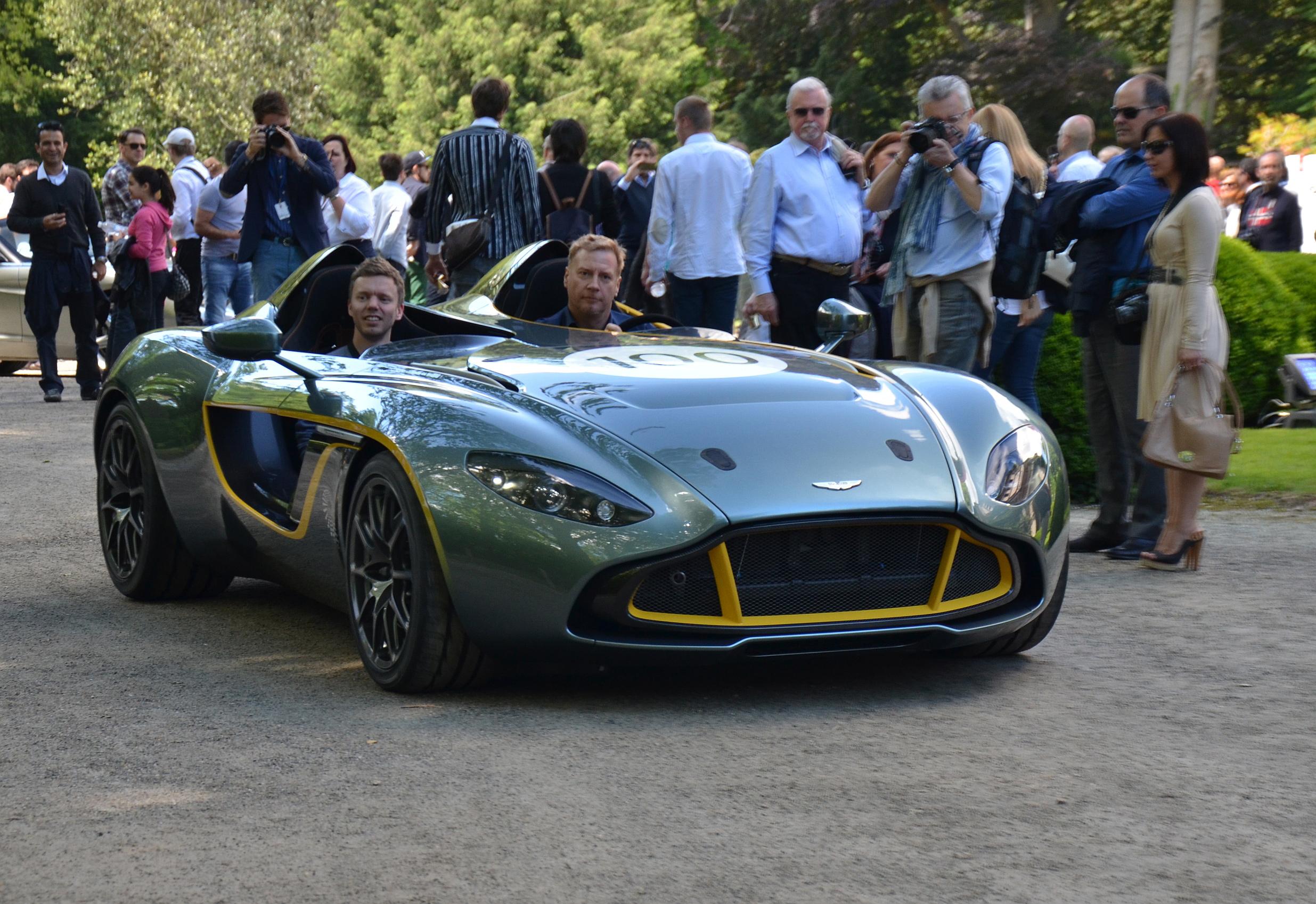 Aston-Martin-CC100-concept-4.jpg