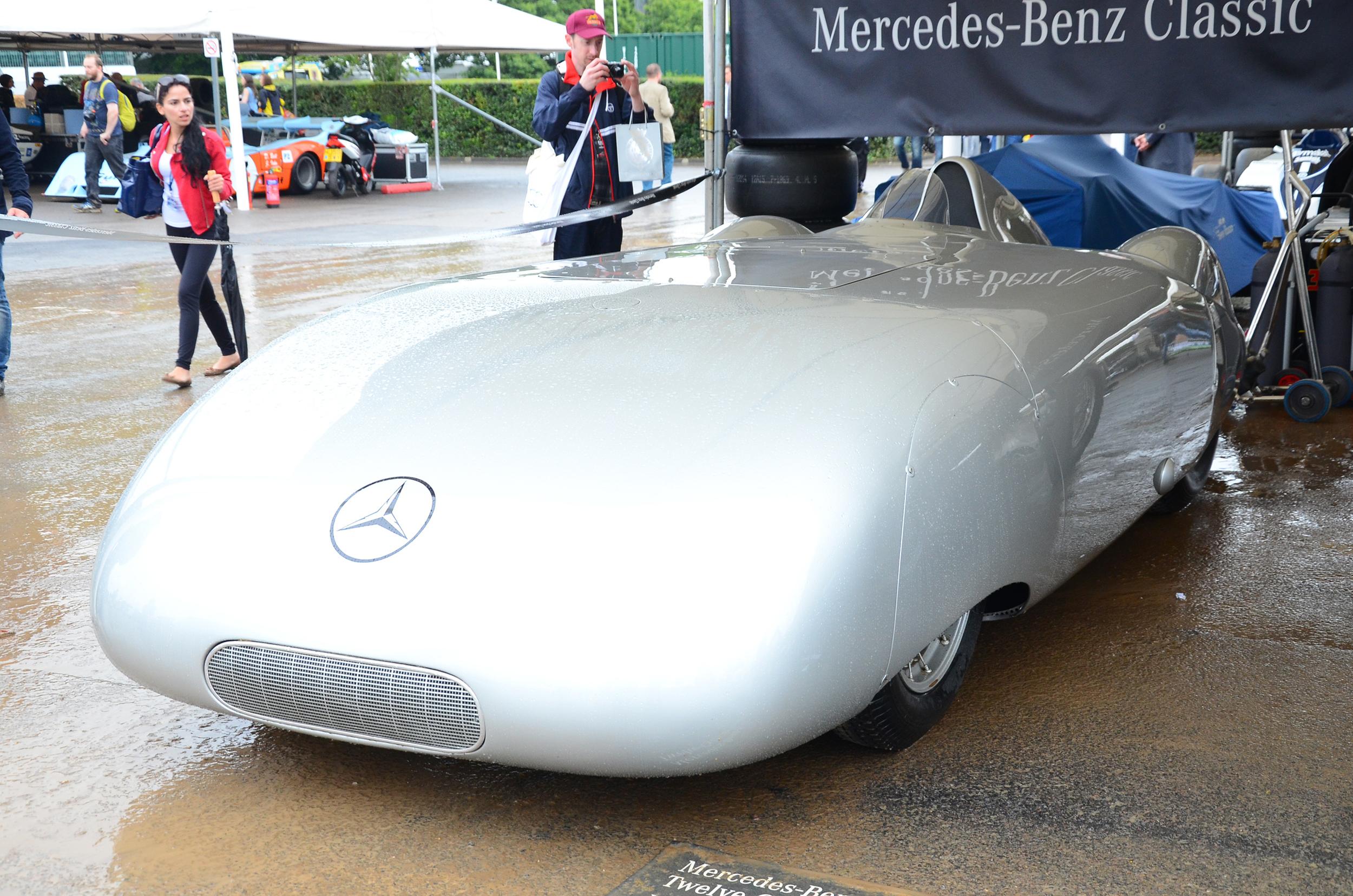 1936 Mercedes-Benz W25 AVUS Streamliner.JPG