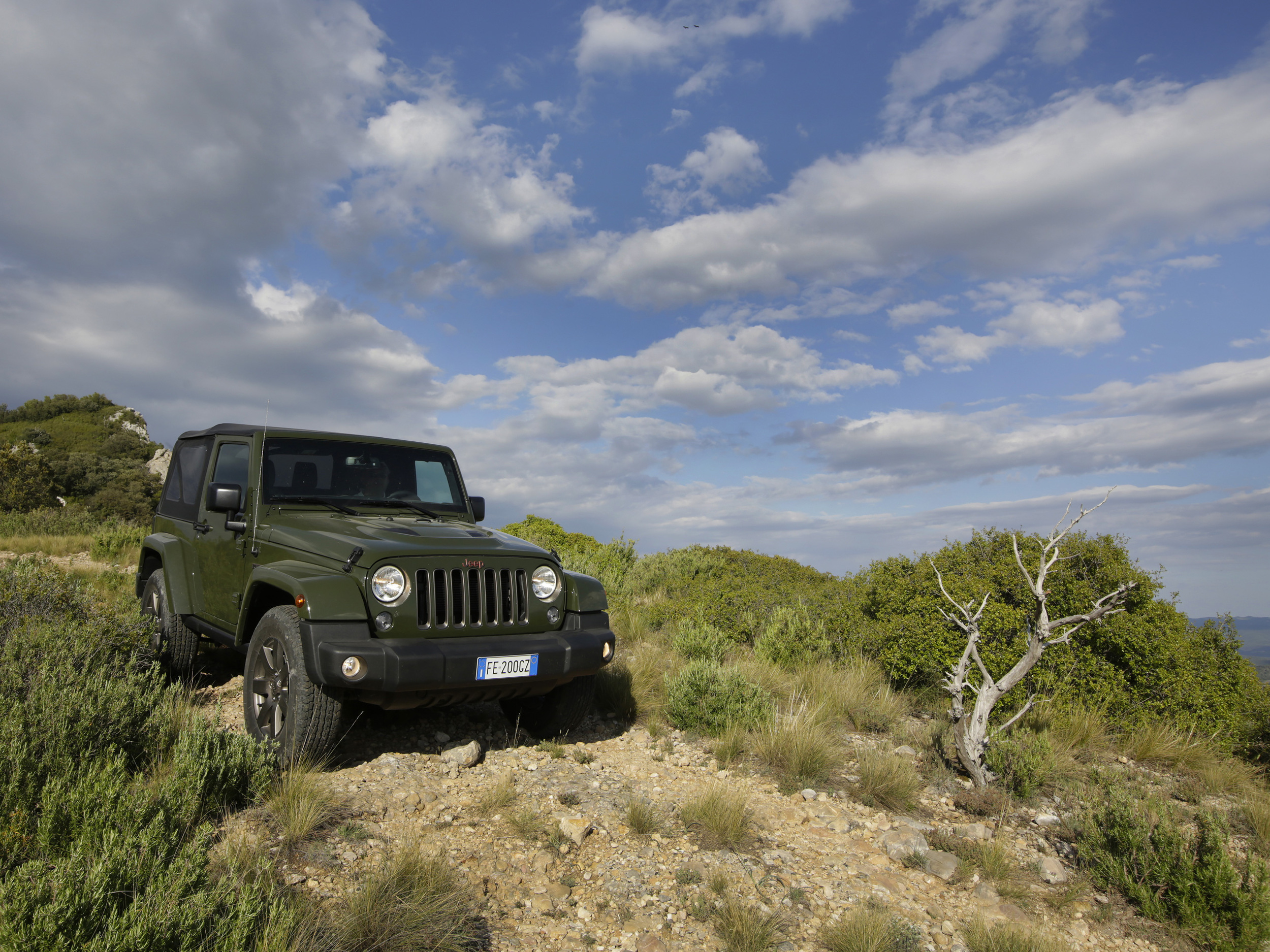 160621_Jeep_75th-Anniversary-series_07.jpg