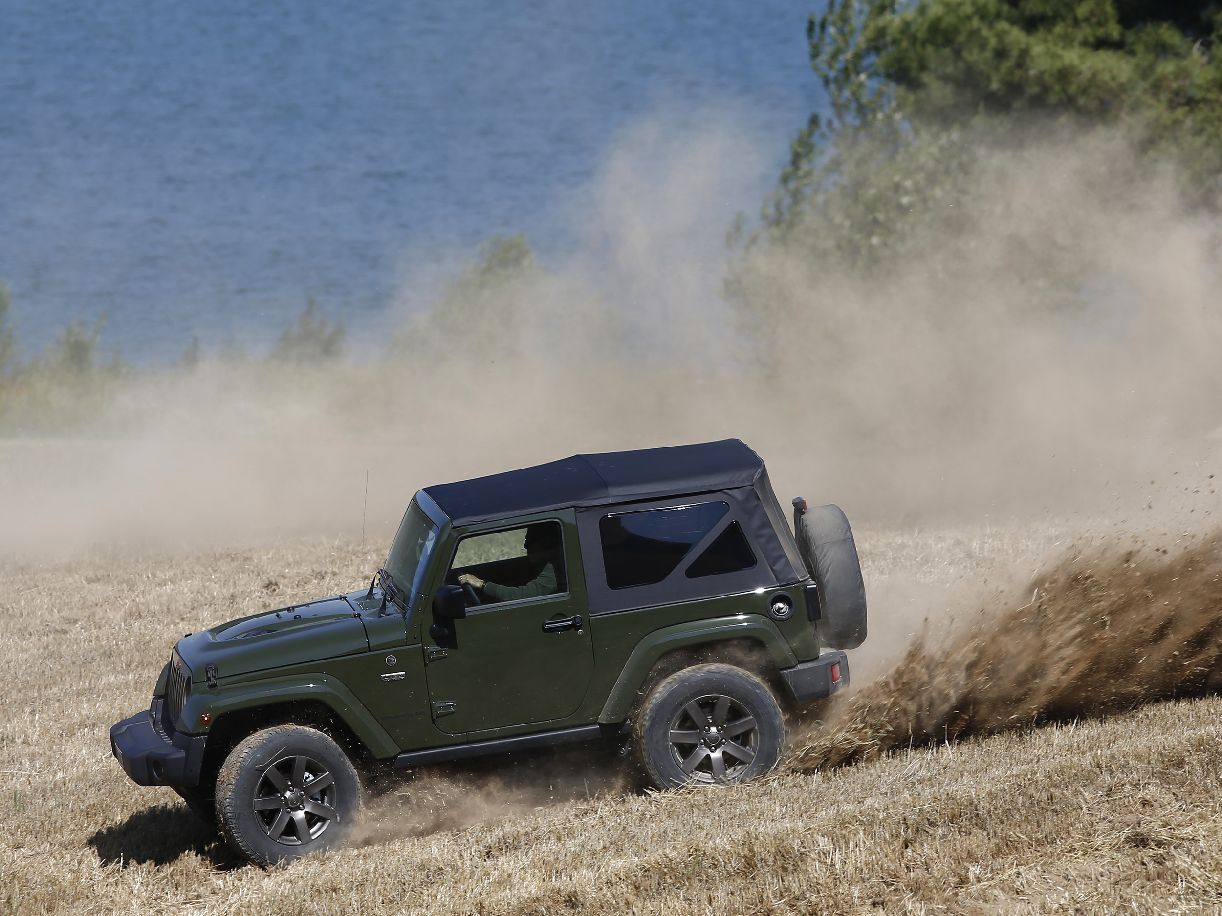 160621_Jeep_75th-Anniversary-series_13.jpg