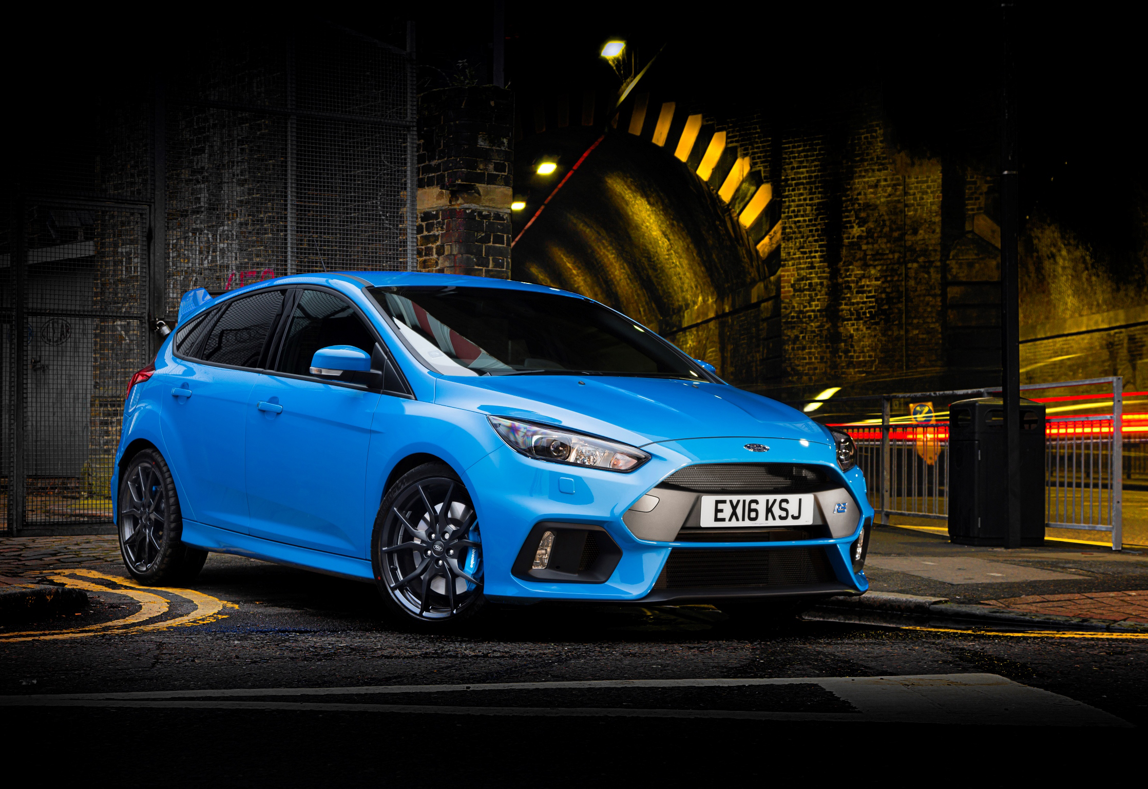 Engine upgrade delivers up to 375 PS (370bhp).jpg