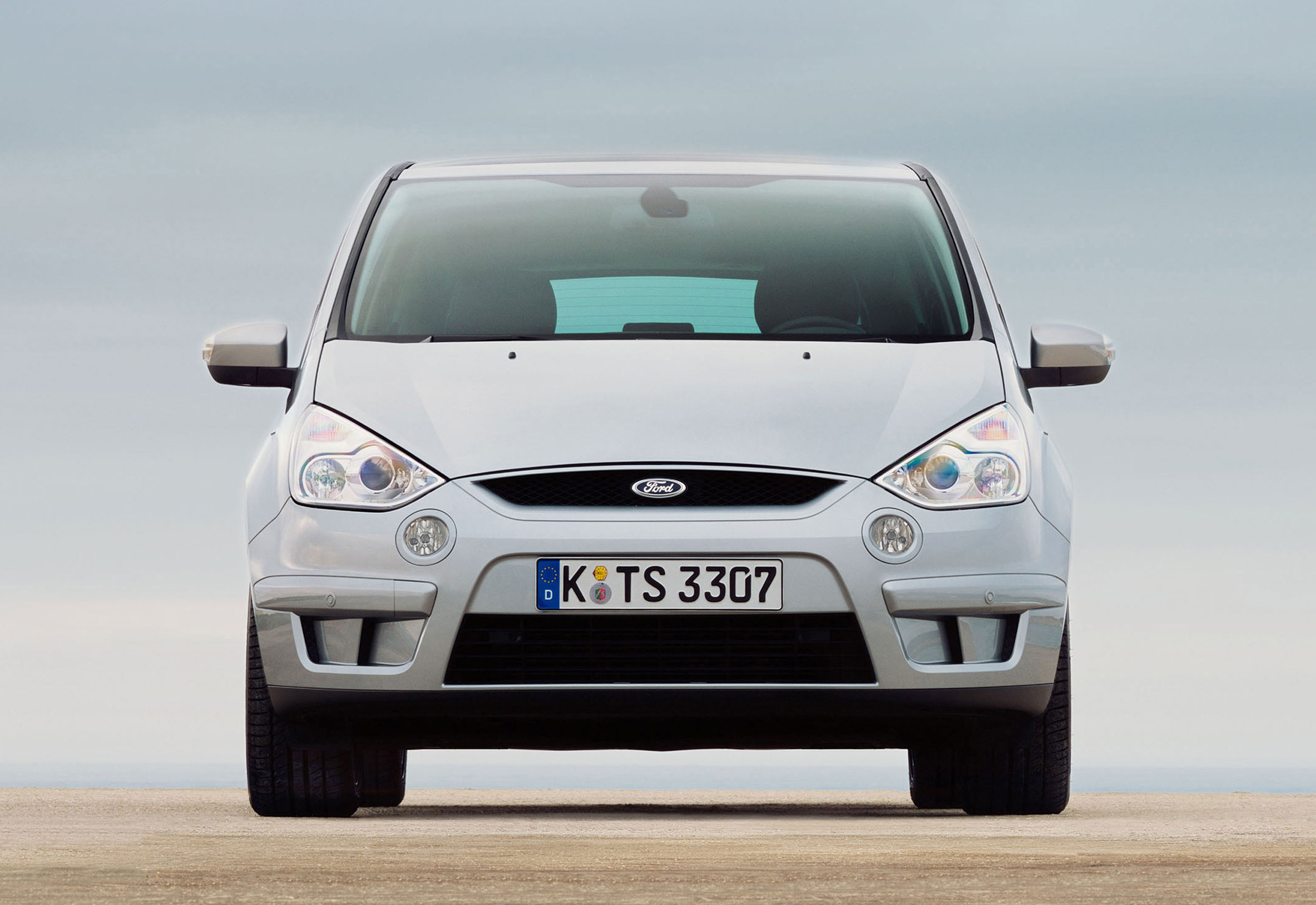 Ford S-Max -15.jpg