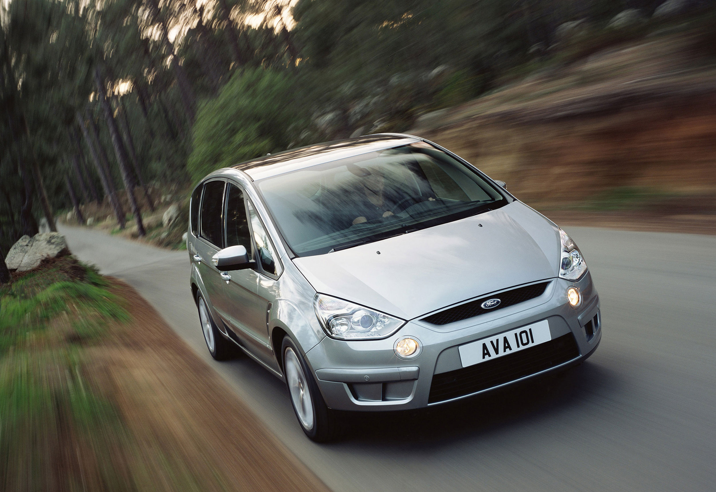 Ford S-Max -11.jpg