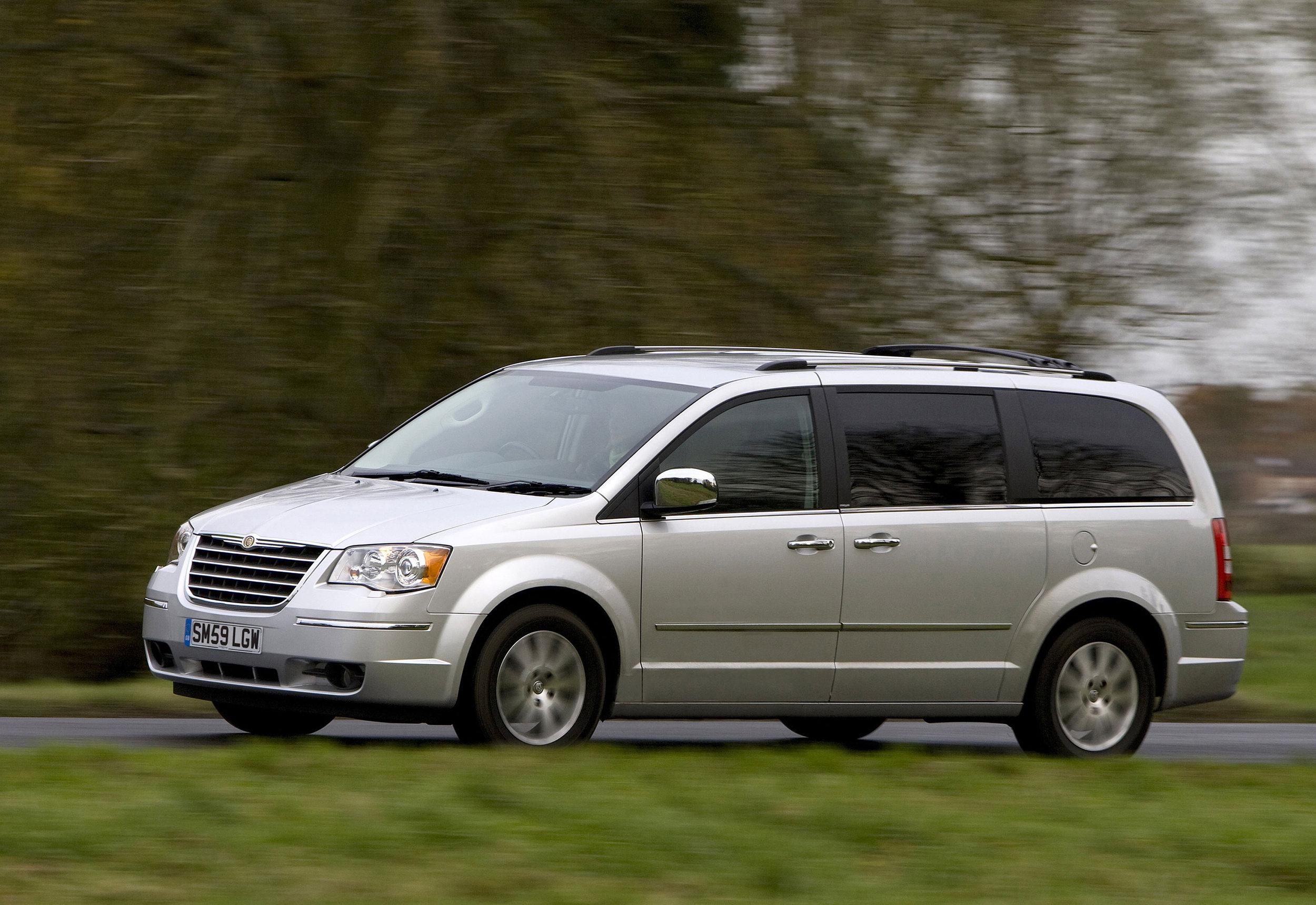 Chrysler Grand Voyager 17.jpg