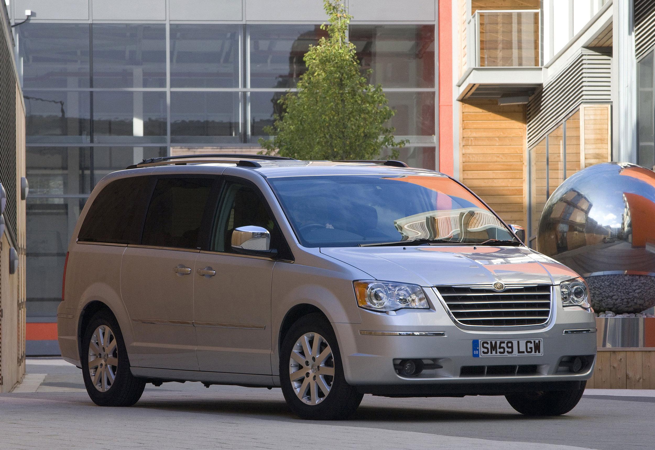 Chrysler Grand Voyager 11.jpg